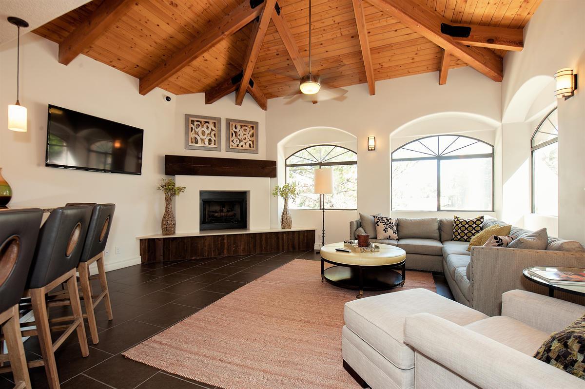 Pavilions Apartments In Albuquerque Nm 87111