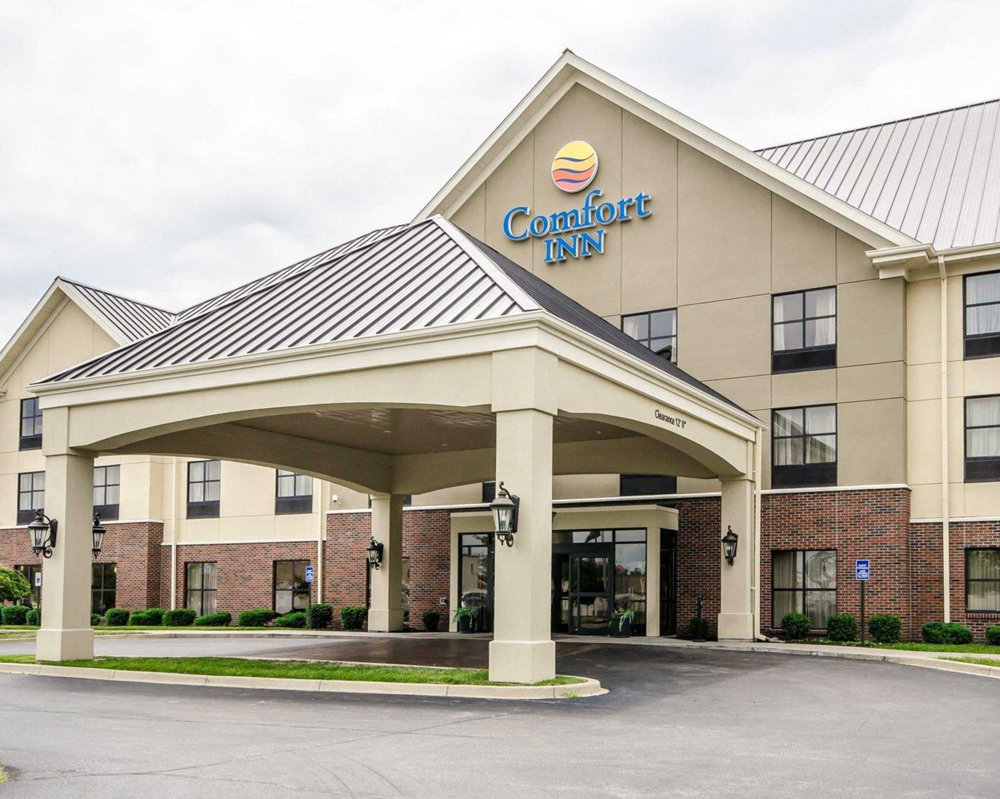 Louisville Hotels With Hot Tub In Room