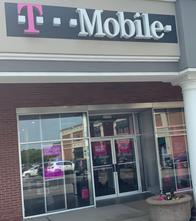 Exterior photo of T-Mobile Store at Rt. 31 & French (Pittsford Plaza), Rochester, NY