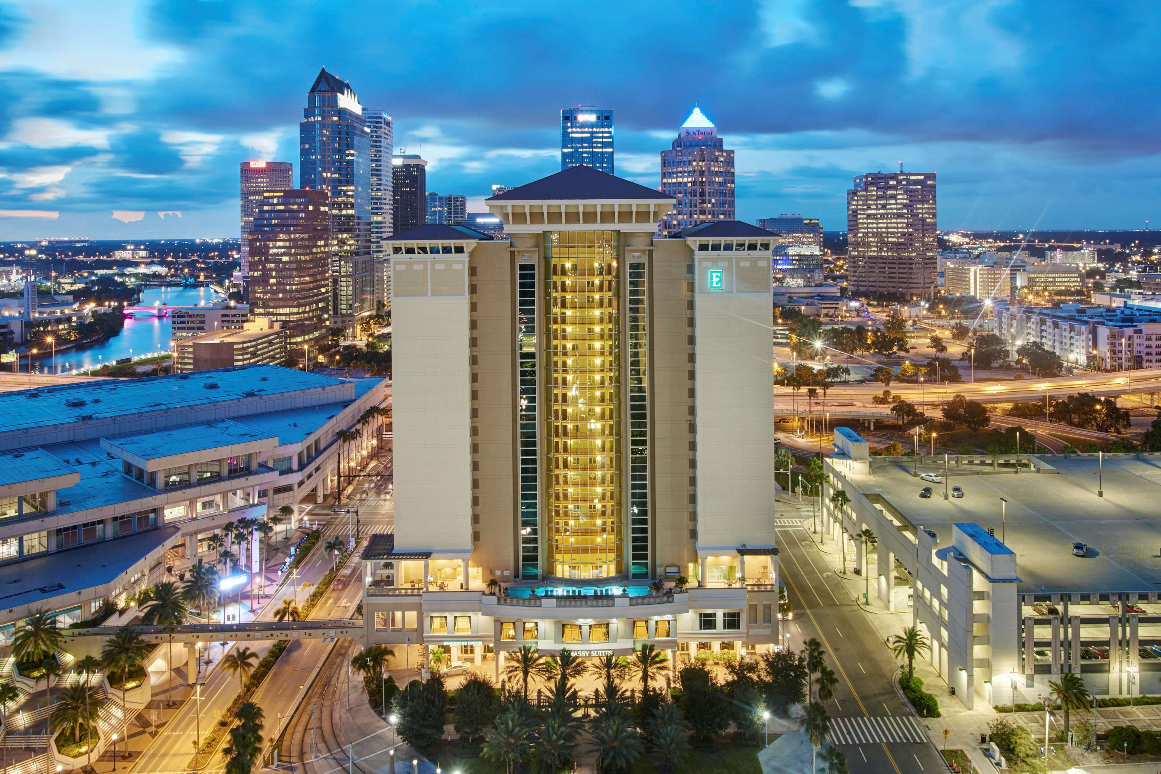 Downtown Tampa Hotels Near Convention Center