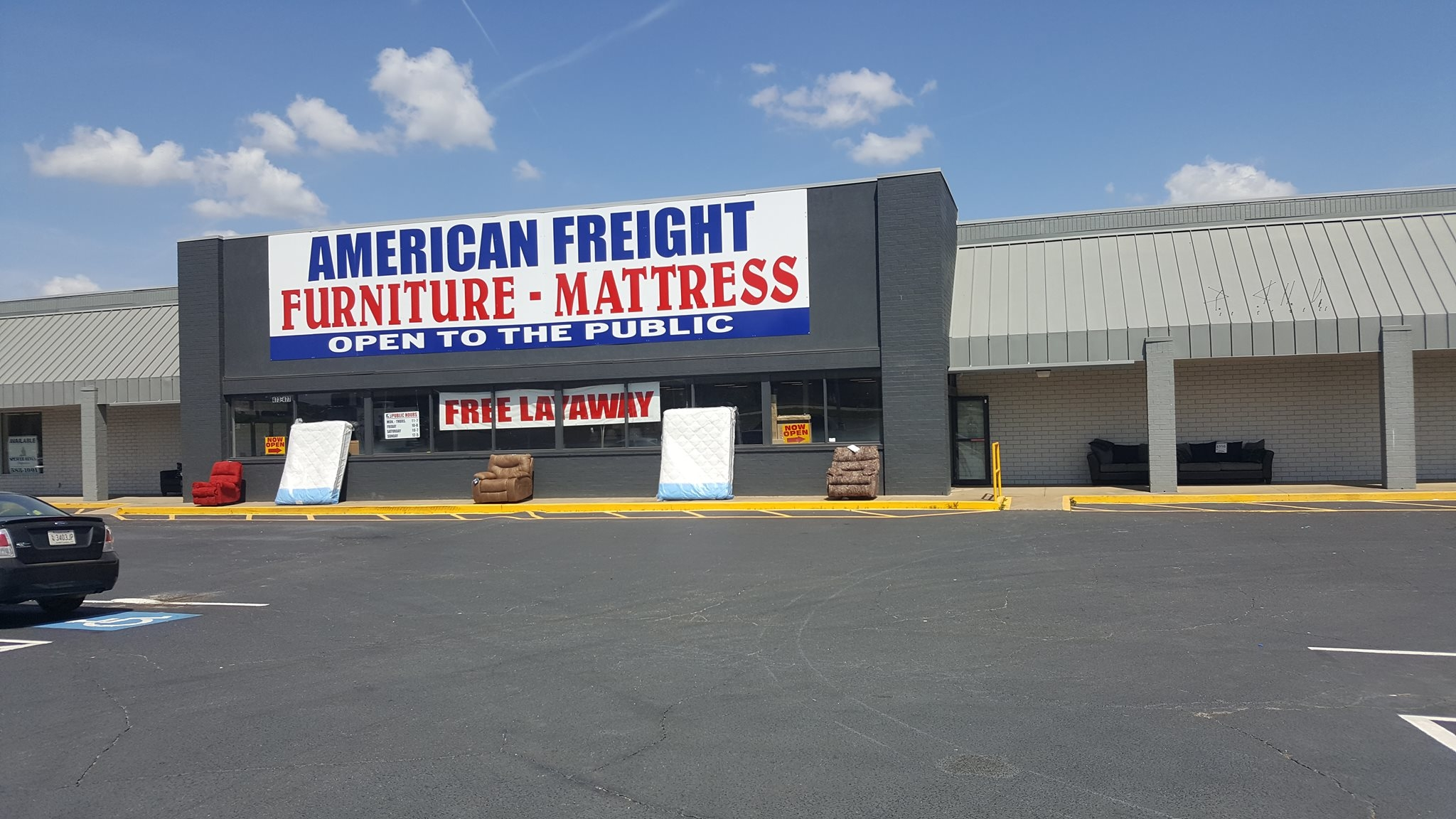 American freight furniture and mattress in spartanburg sc for Furniture 4 less outlet