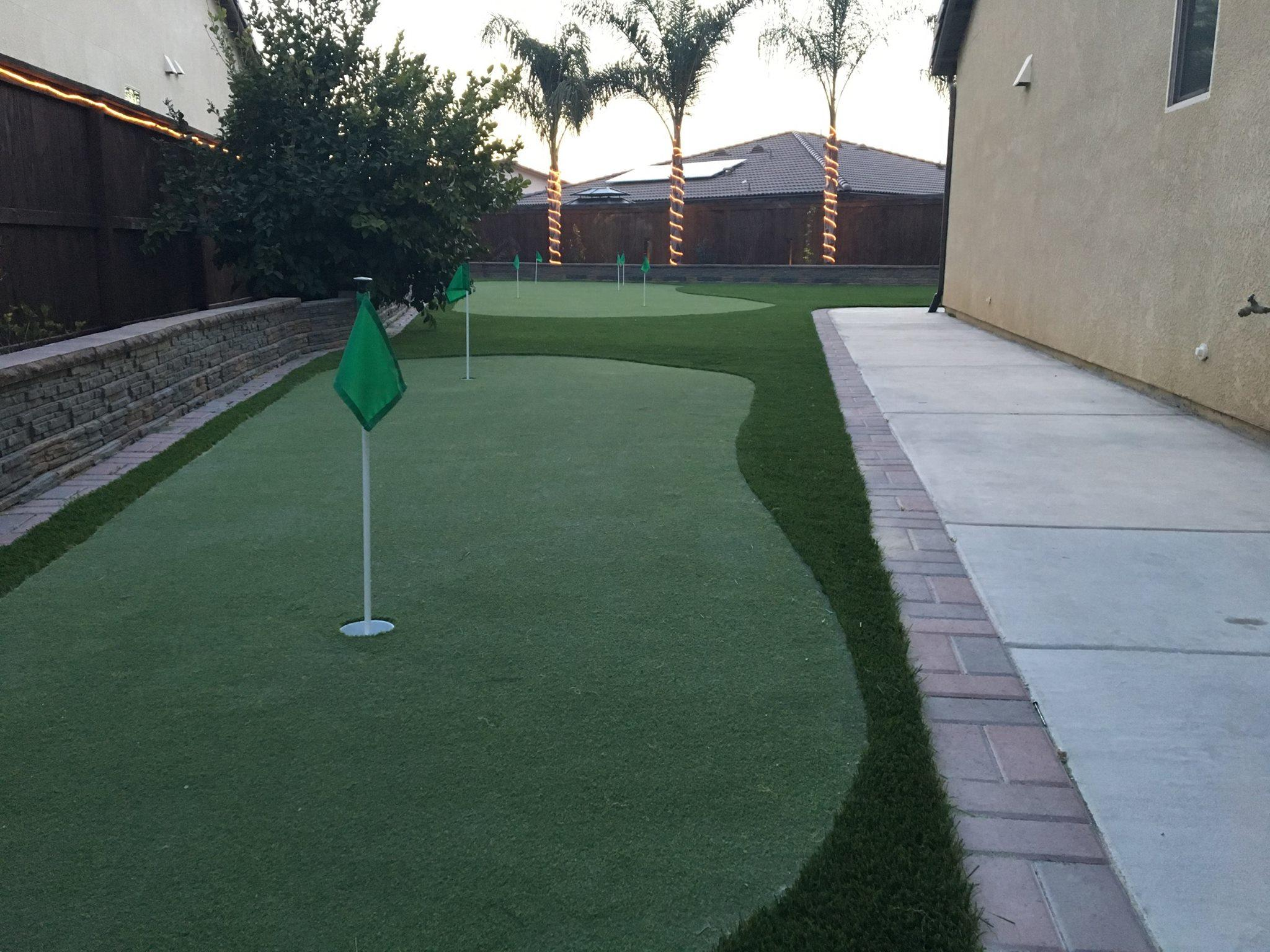 Waterless Grass And Greens Fresno California Ca