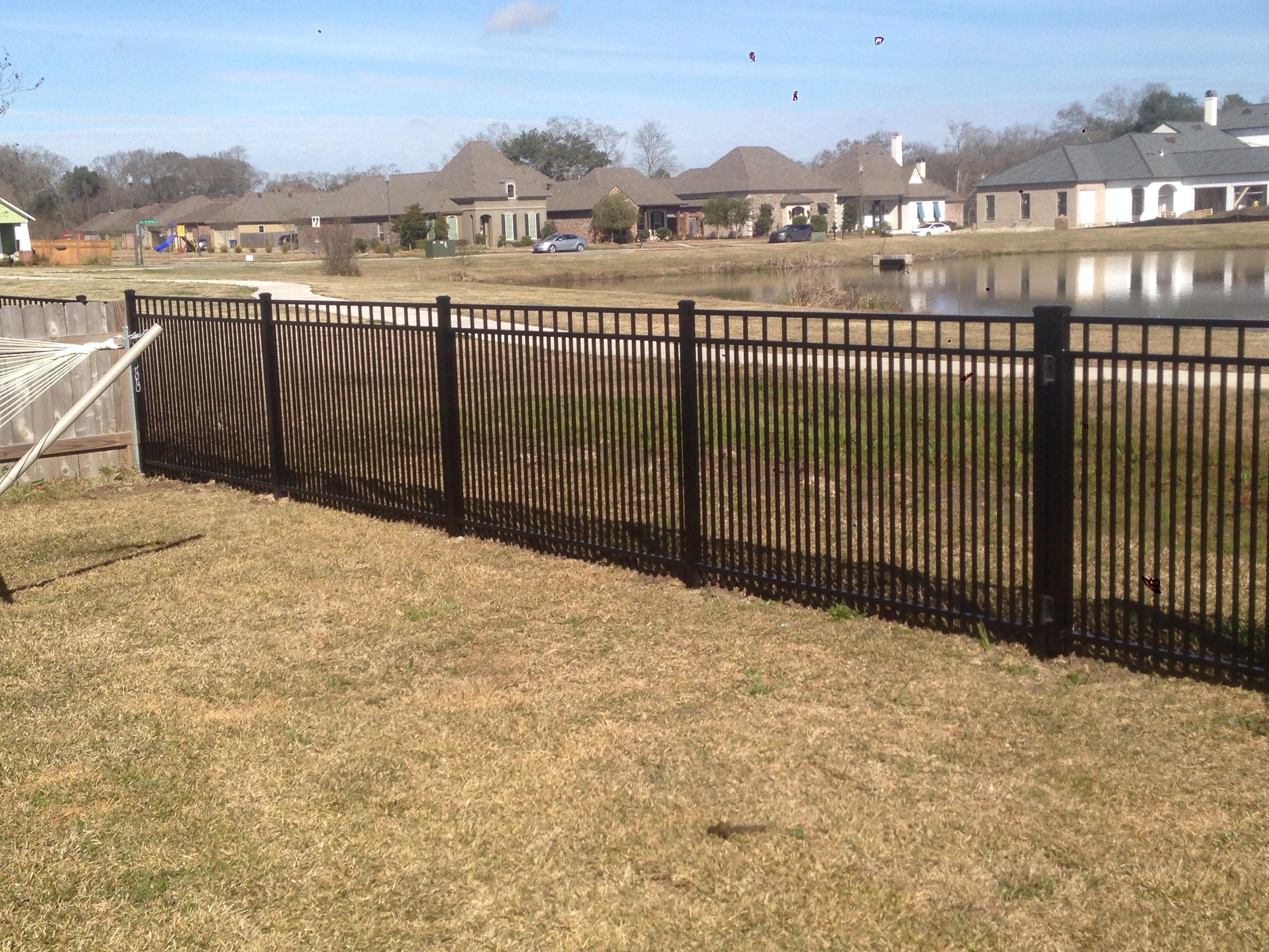 Scott S Fencing: Discount Fence In Scott, LA 70583