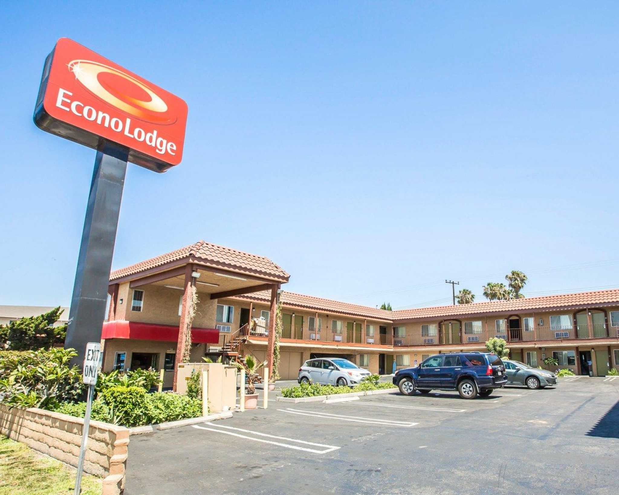 econo lodge carson near stubhub center coupons carson ca near me 8coupons. Black Bedroom Furniture Sets. Home Design Ideas