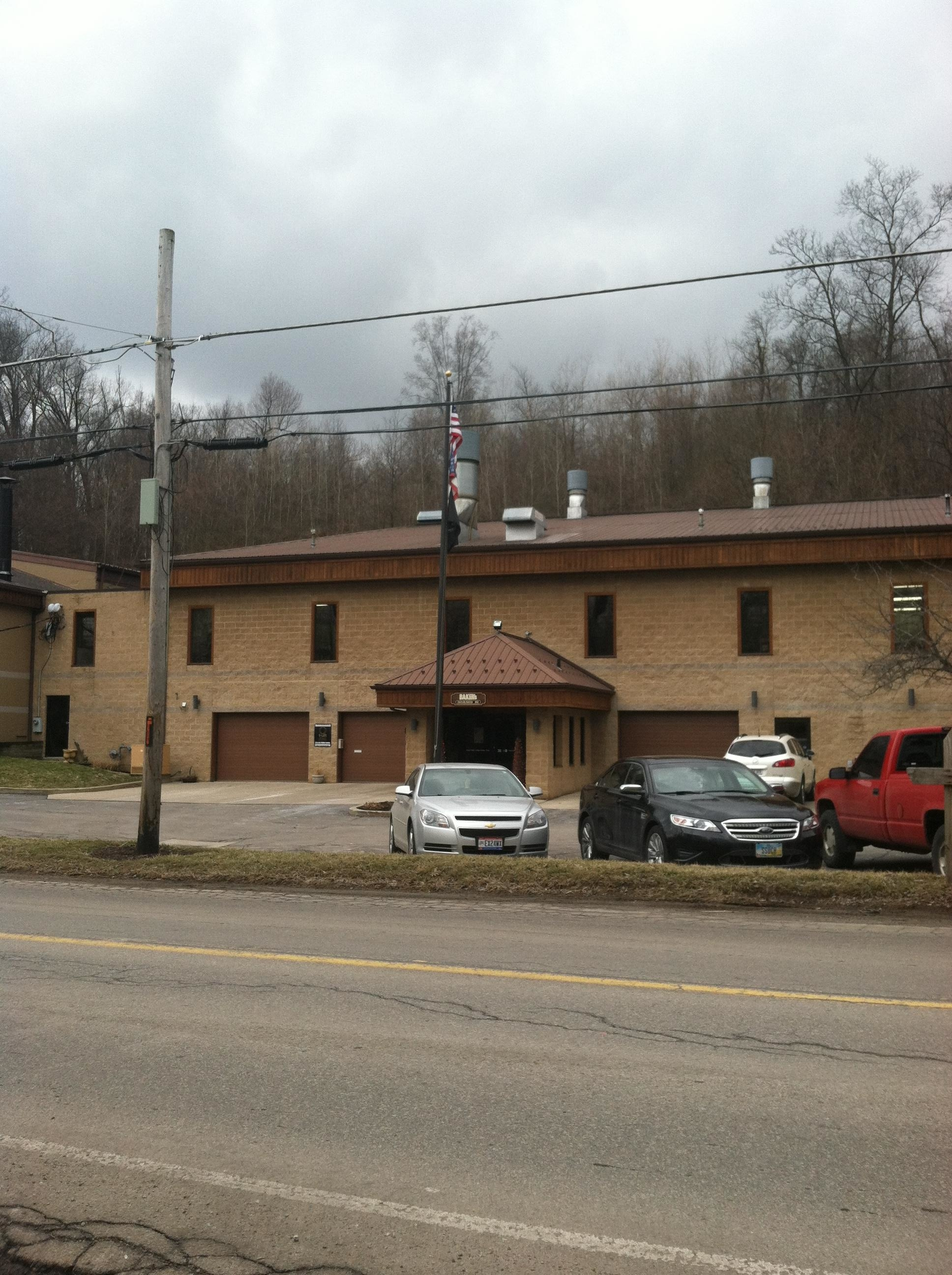 Baker's Collision Repair - Mansfield, OH - Front of building coming from SR30
