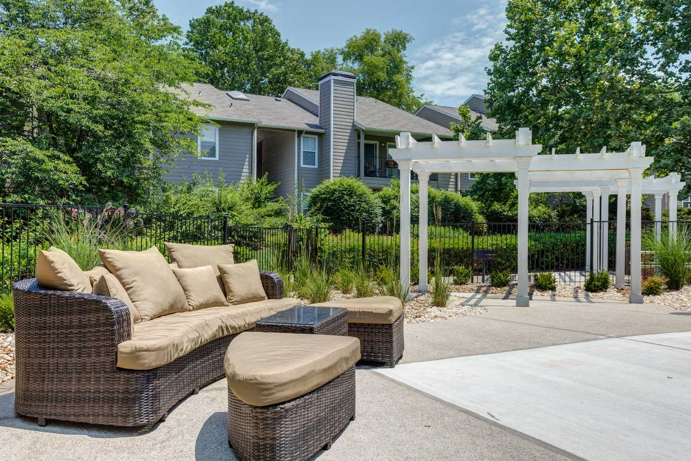 1070 Main Apartment Homes In Hendersonville Tn 37075