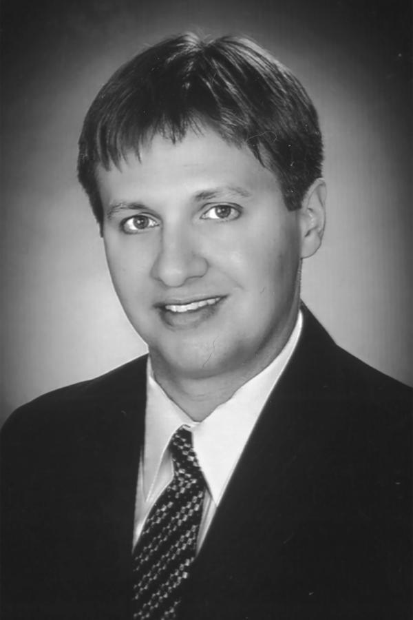 Edward Jones - Financial Advisor: Jonathan Hoegemeyer, AAMS®