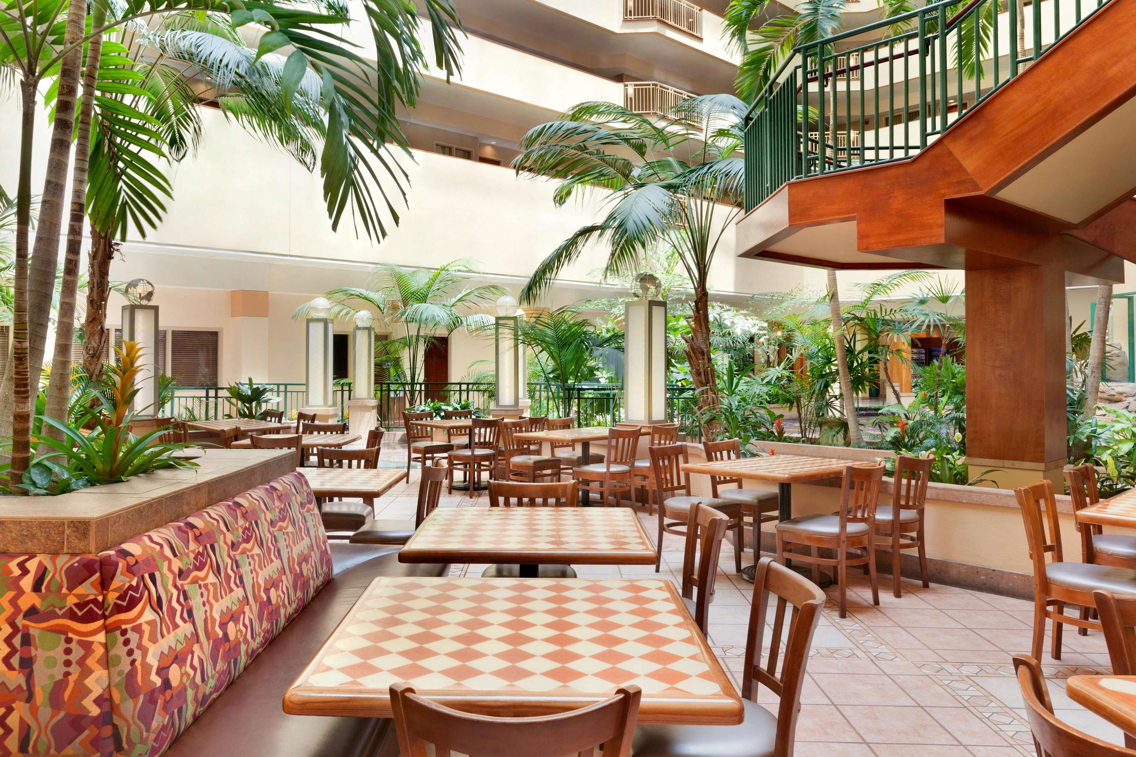 Embassy Suites By Hilton Tampa Usf Near Busch Gardens Tampa Florida