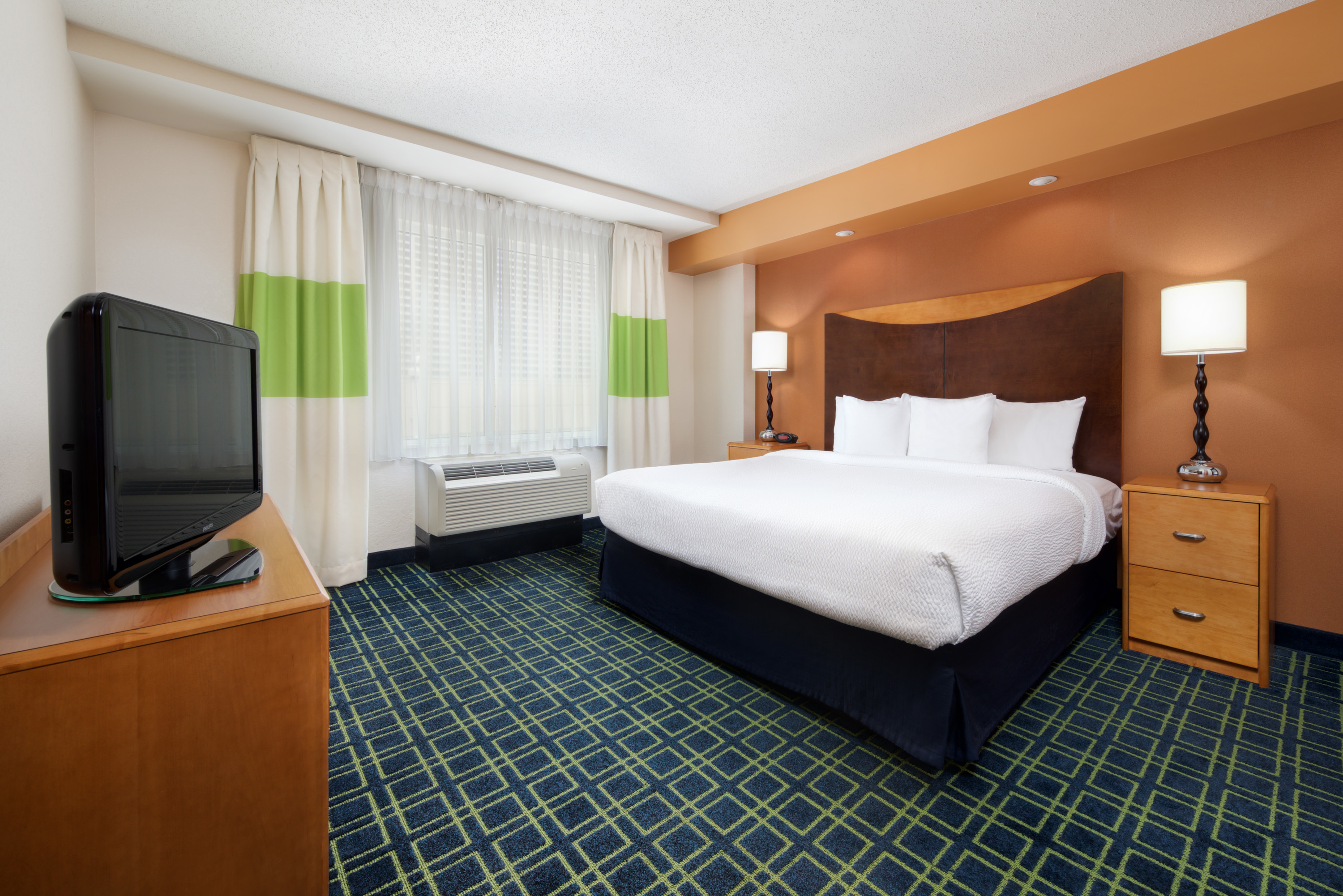 Fairfield Inn Suites By Marriott Indianapolis Downtown Indianapolis Indiana In