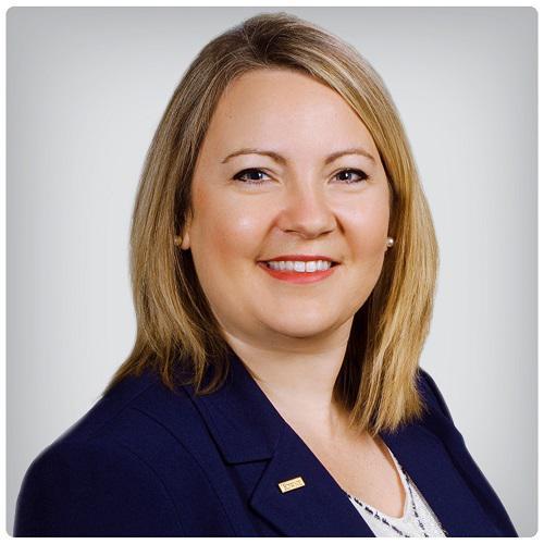 Amanda Lee, Branch Manager