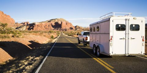 Should You Get a Bumper or Gooseneck Utility Trailer?