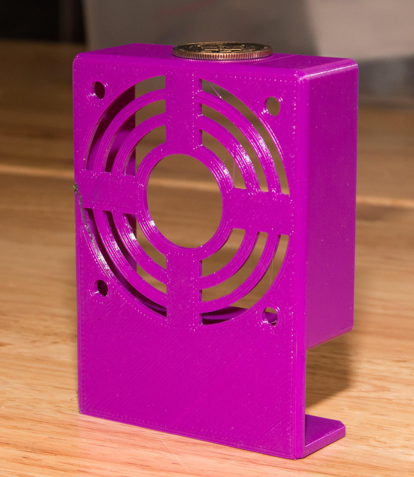 60mm Fan holder This fan holder was designed to add filament cooling for small parts on my Makeit pro.