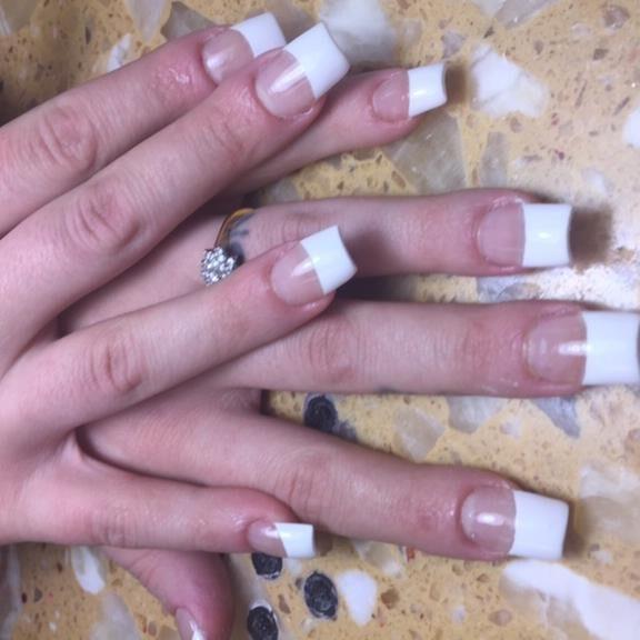 90 Nails - Manicuring Syracuse New York