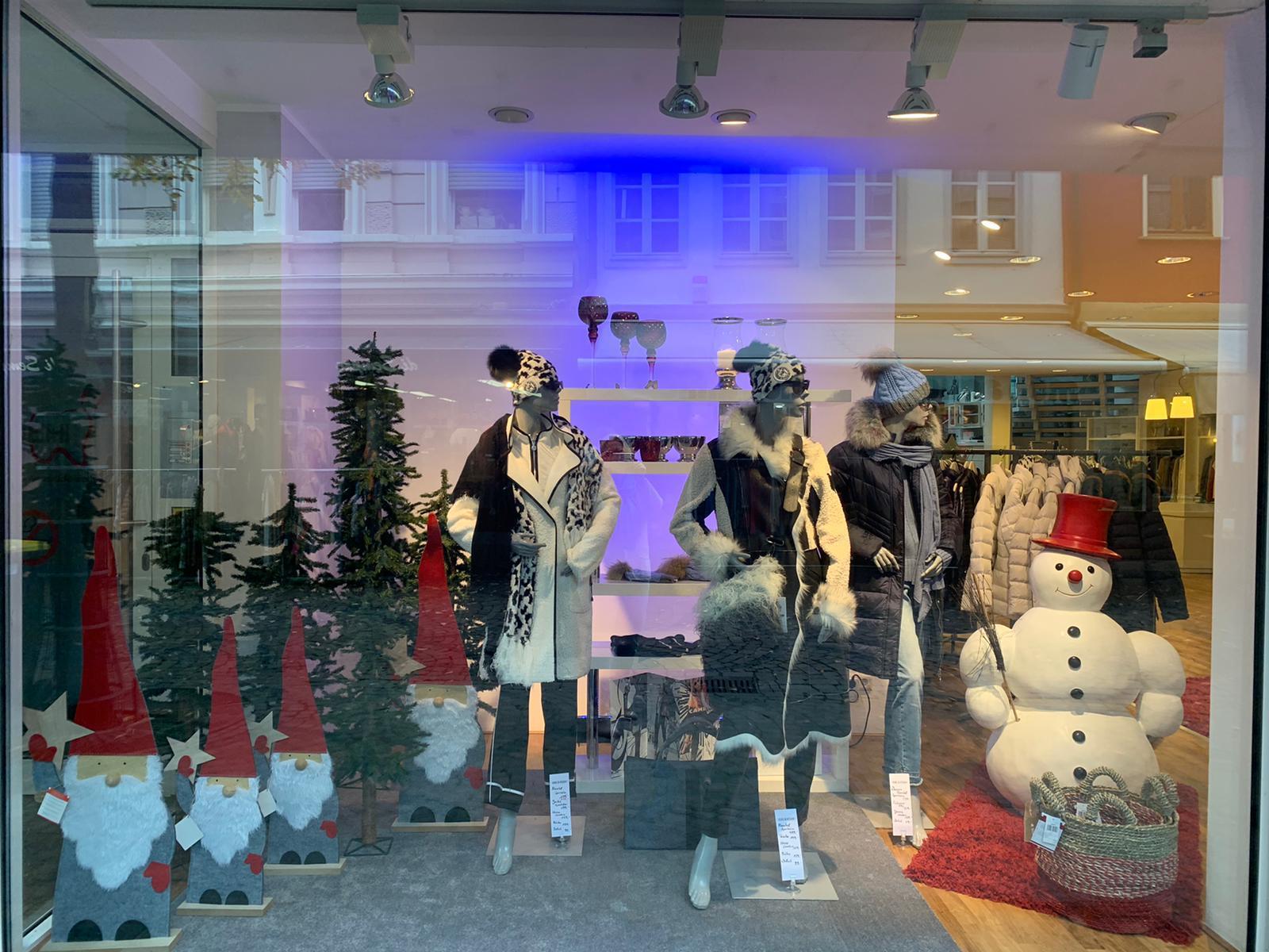 Edel & Kühn - Damenmoden - Mode die anzieht Siegburg