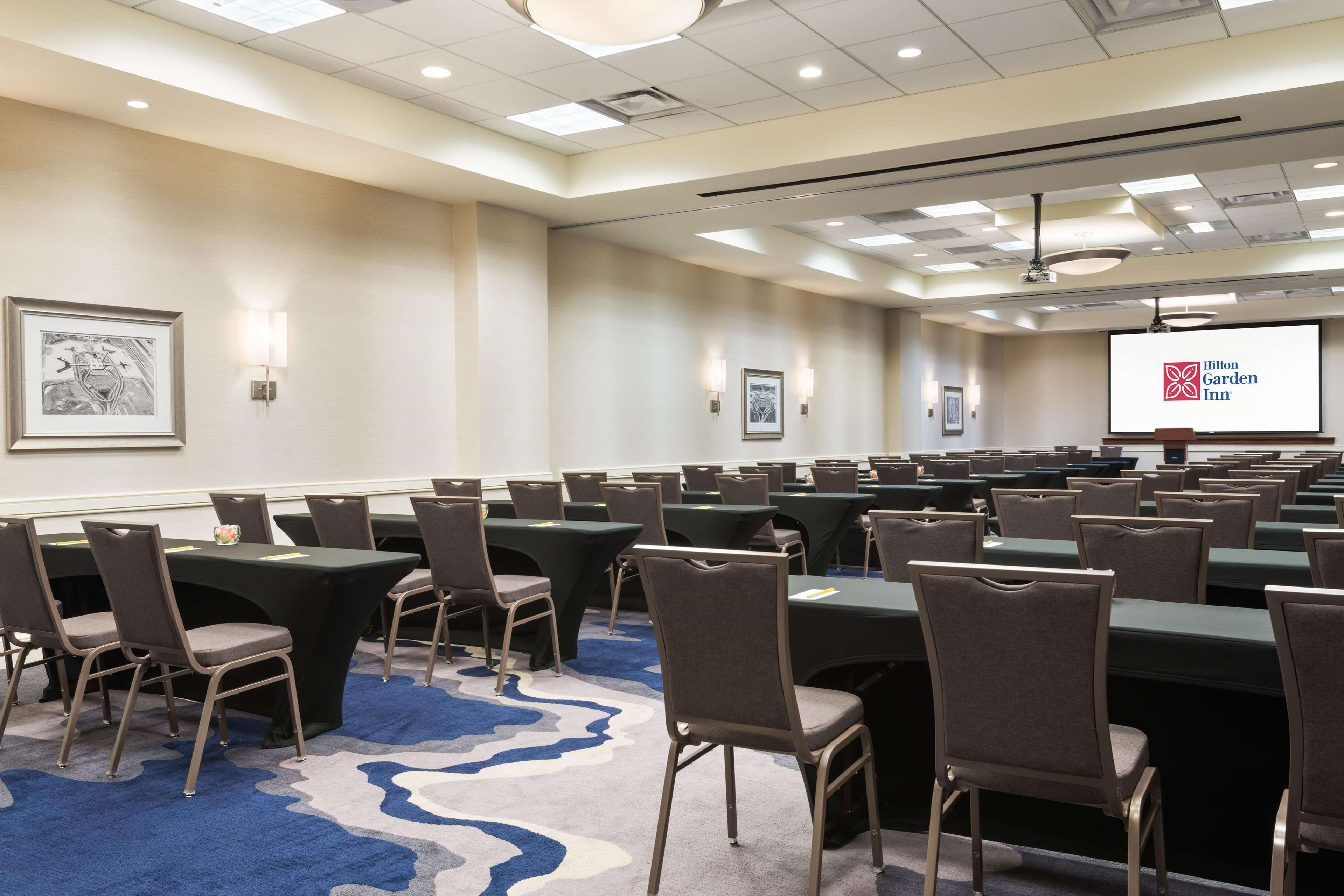 Hilton Garden Inn Tampa Airport Westshore Coupons Near Me In Tampa 8coupons