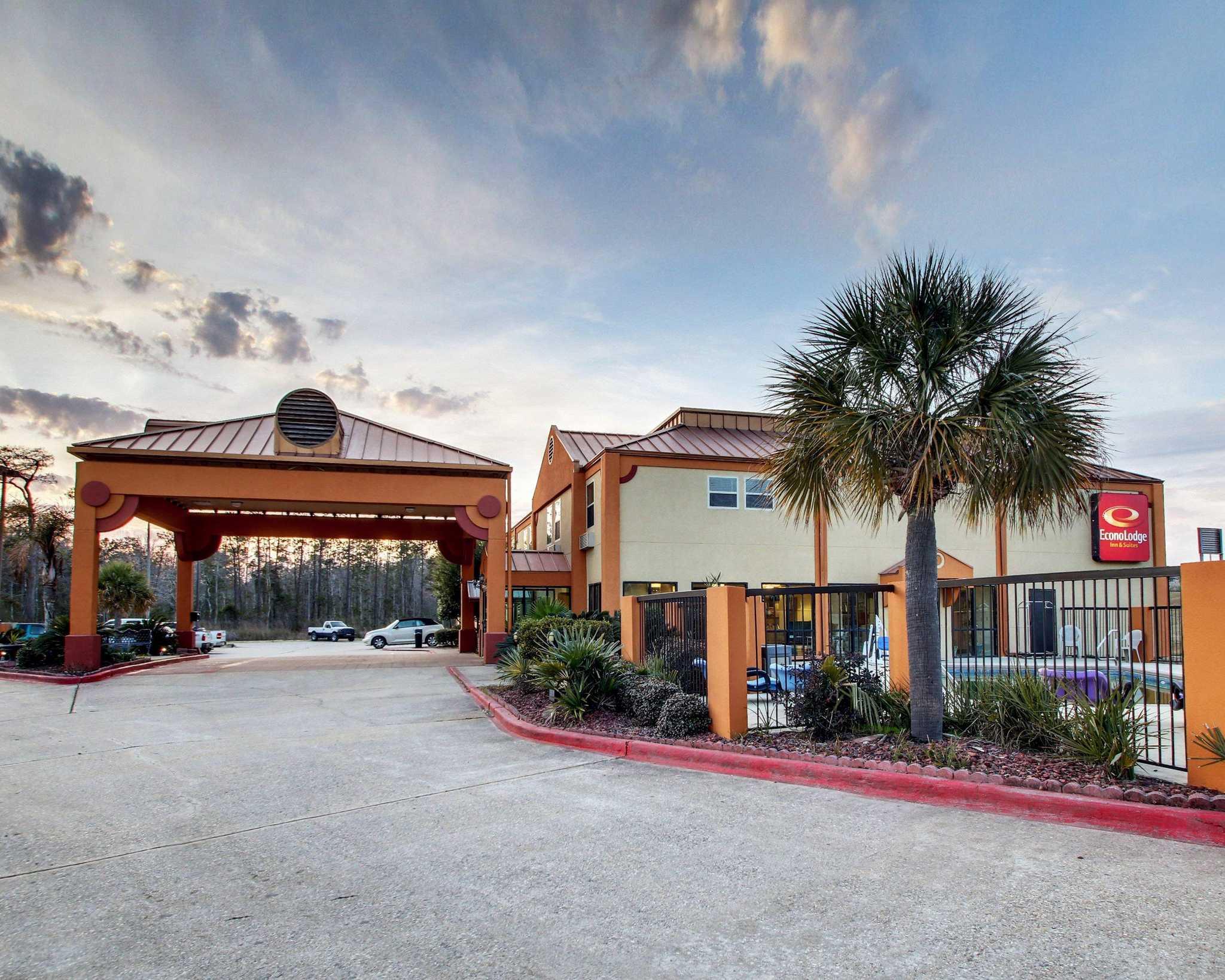 Pet Friendly Hotels In Diamondhead Ms