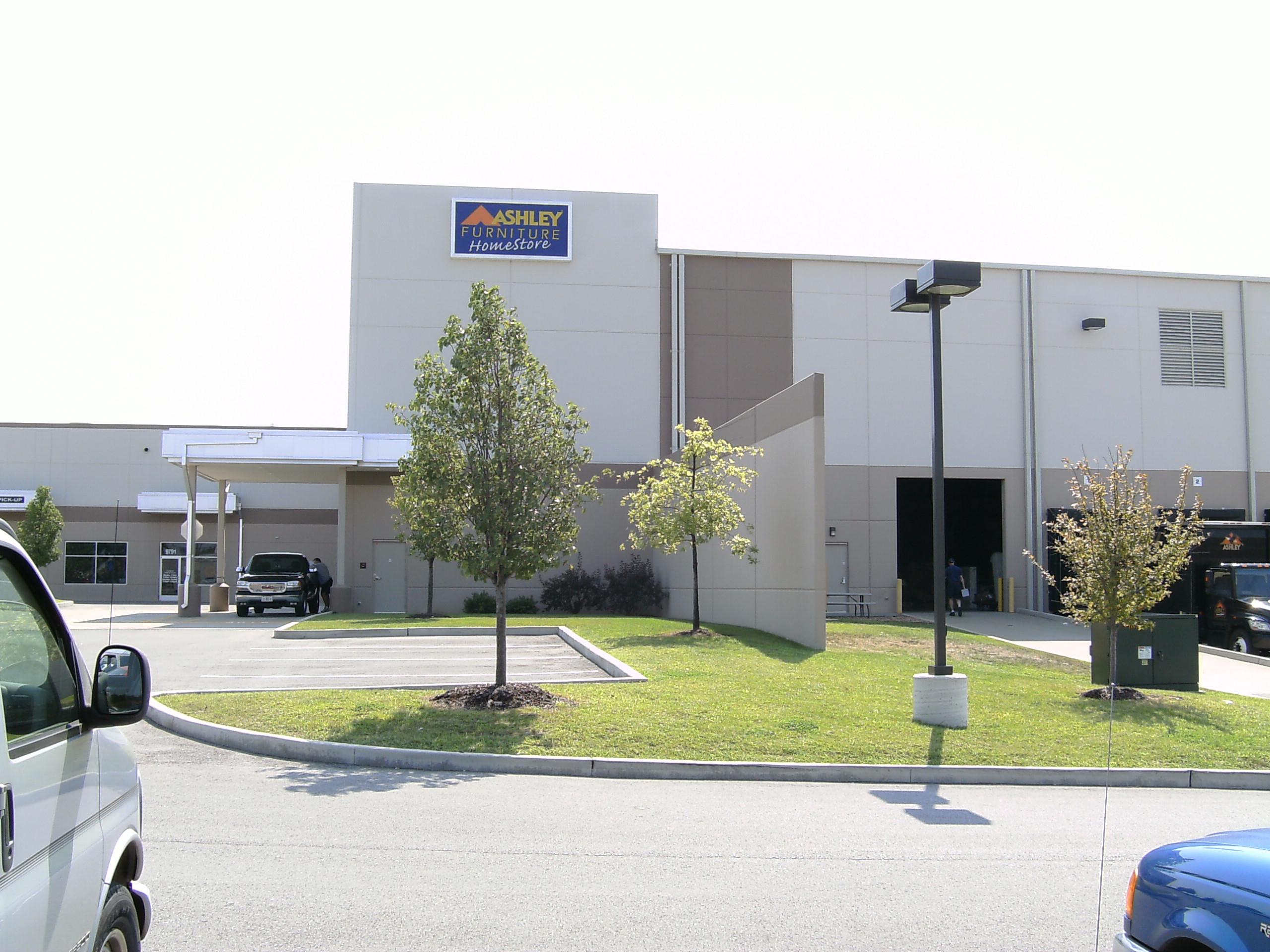 Ashley Furniture Distribution Center 9791 Green Park Industrial Dr Saint Louis Mo Furniture