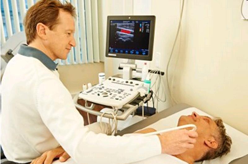Internist und Lungenfacharzt Dr. med. Gabriel Grabowski