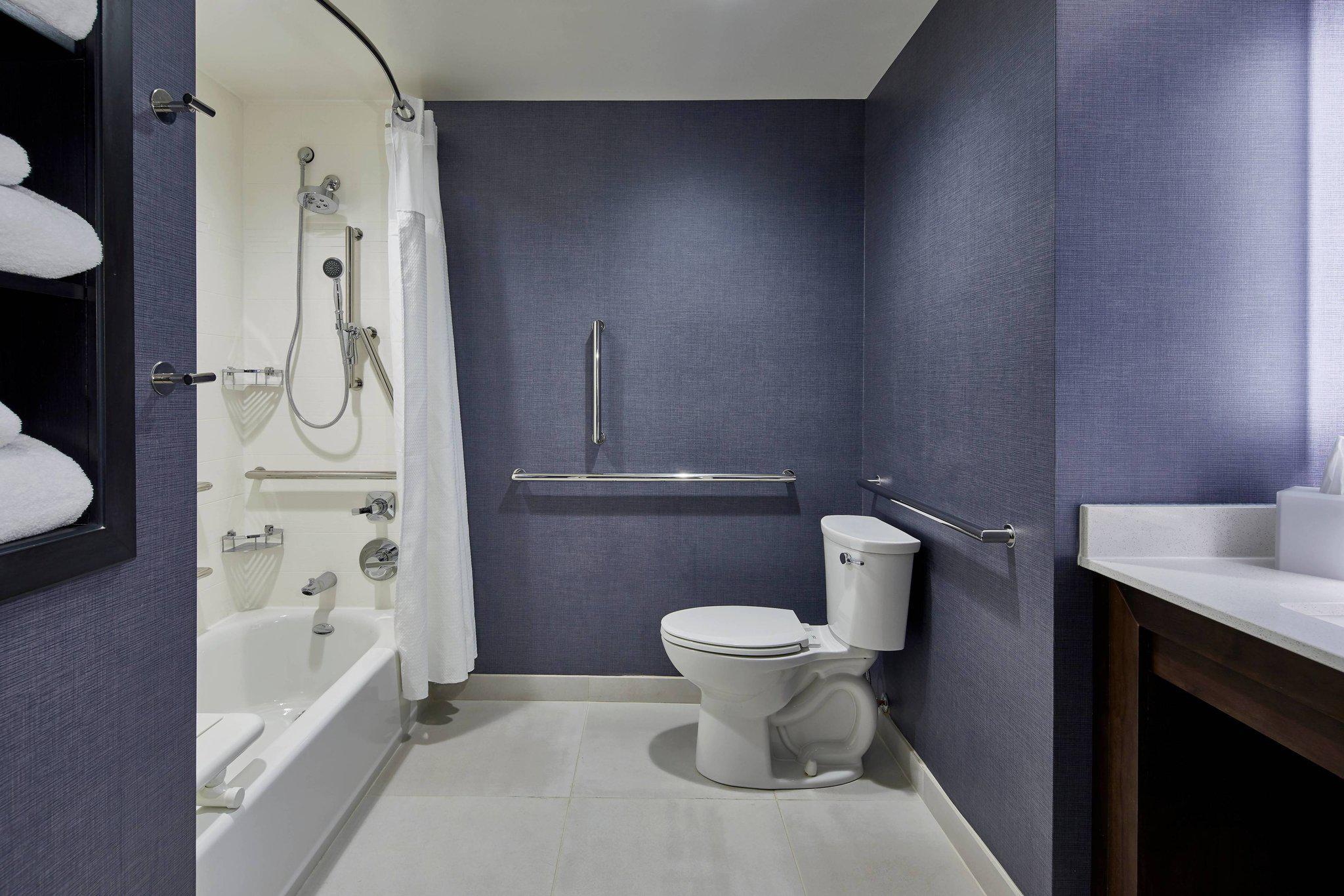 Residence Inn by Marriott Albany Airport