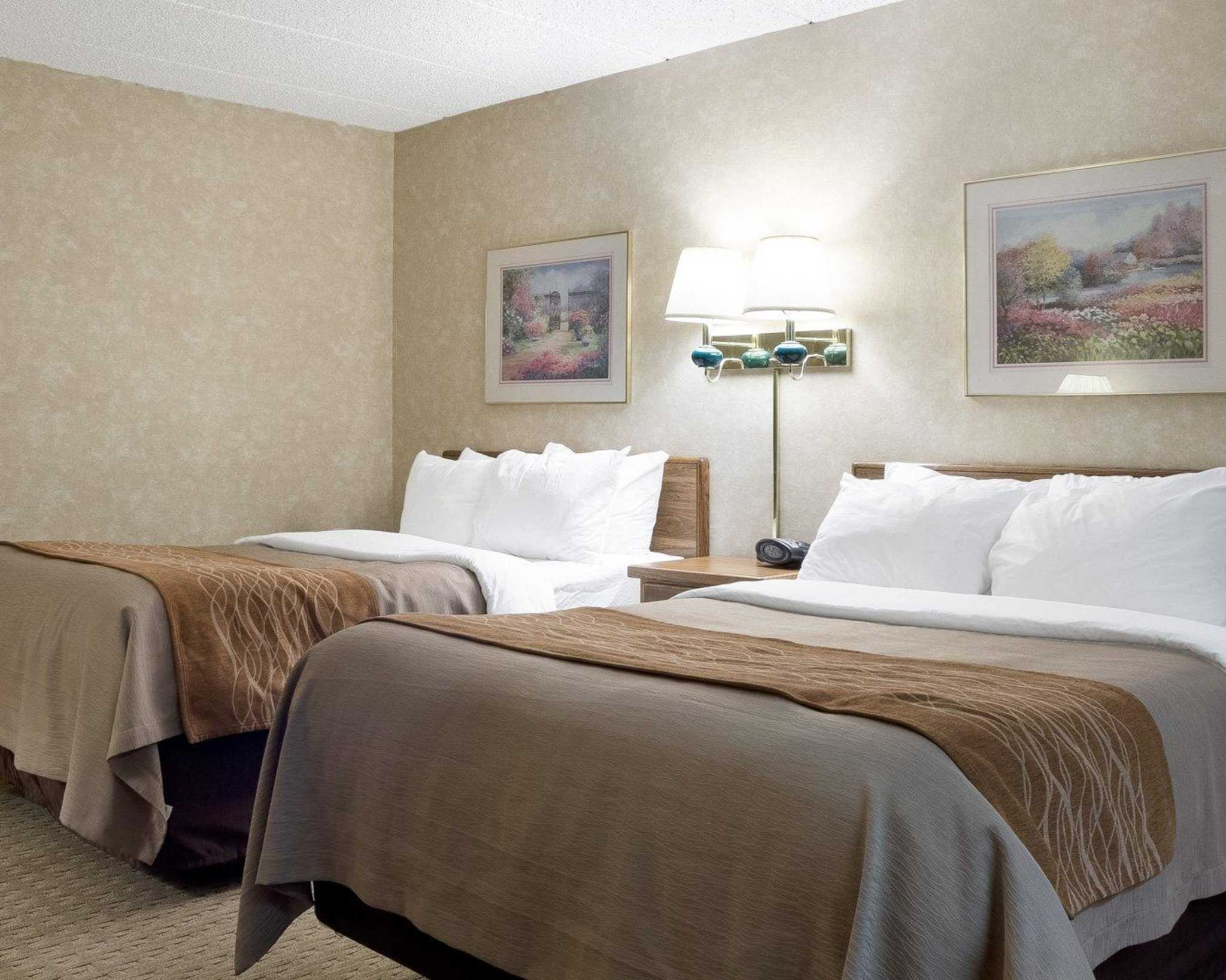 Hotels With Poolside Rooms Bismarck Nd