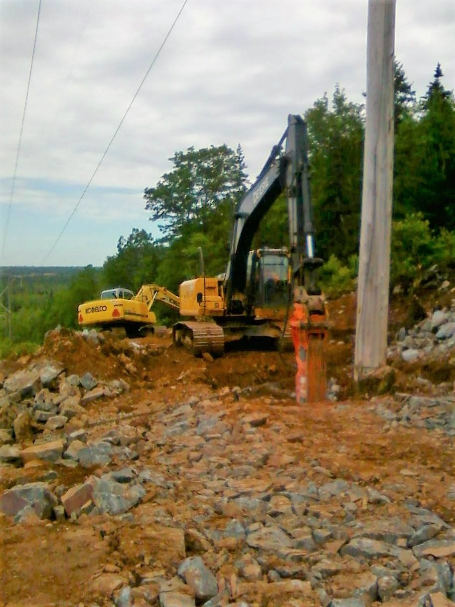Fred M Dunphy Excavating and Construction Ltd