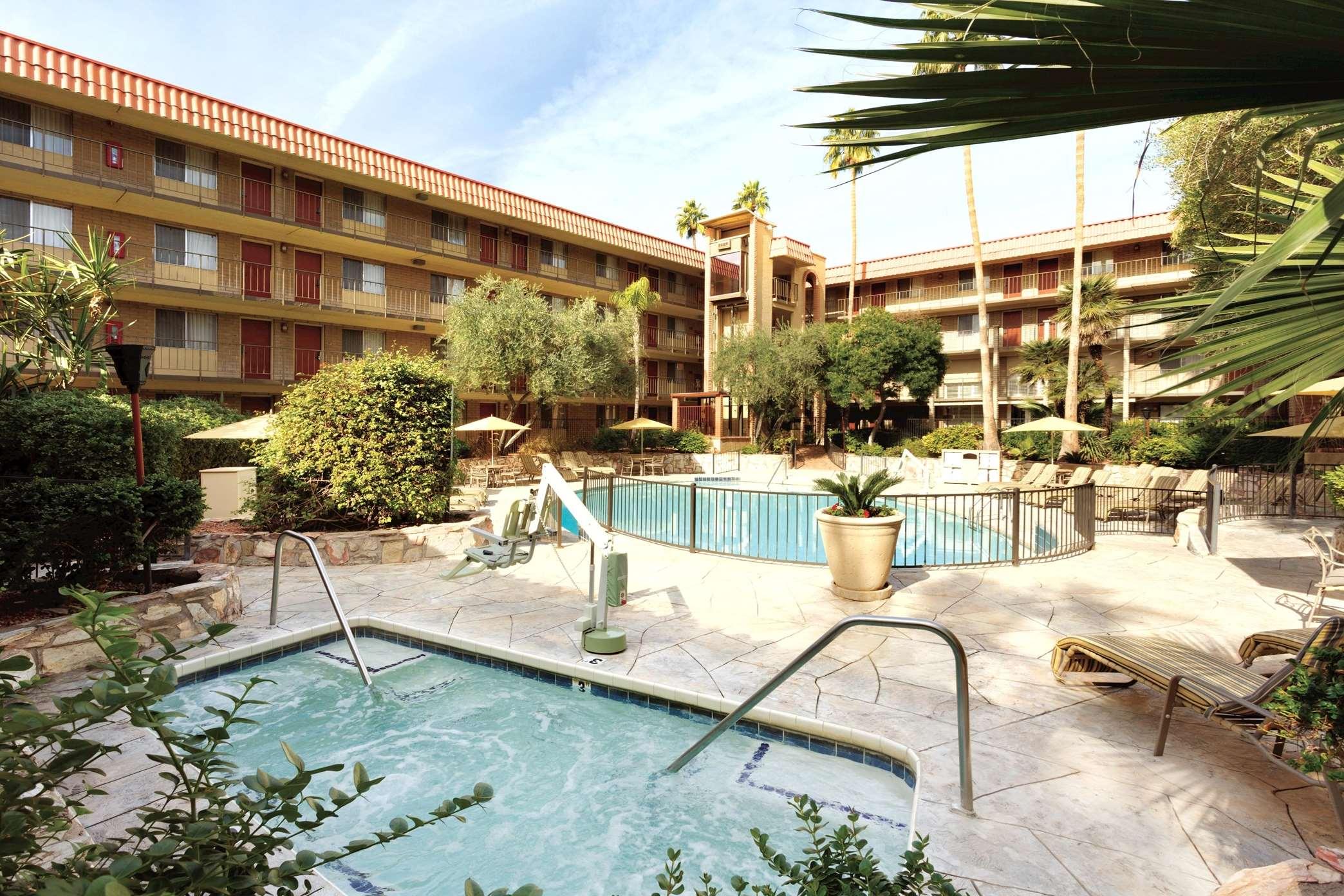 Hilton Hotel Near Phoenix Arizona Airport