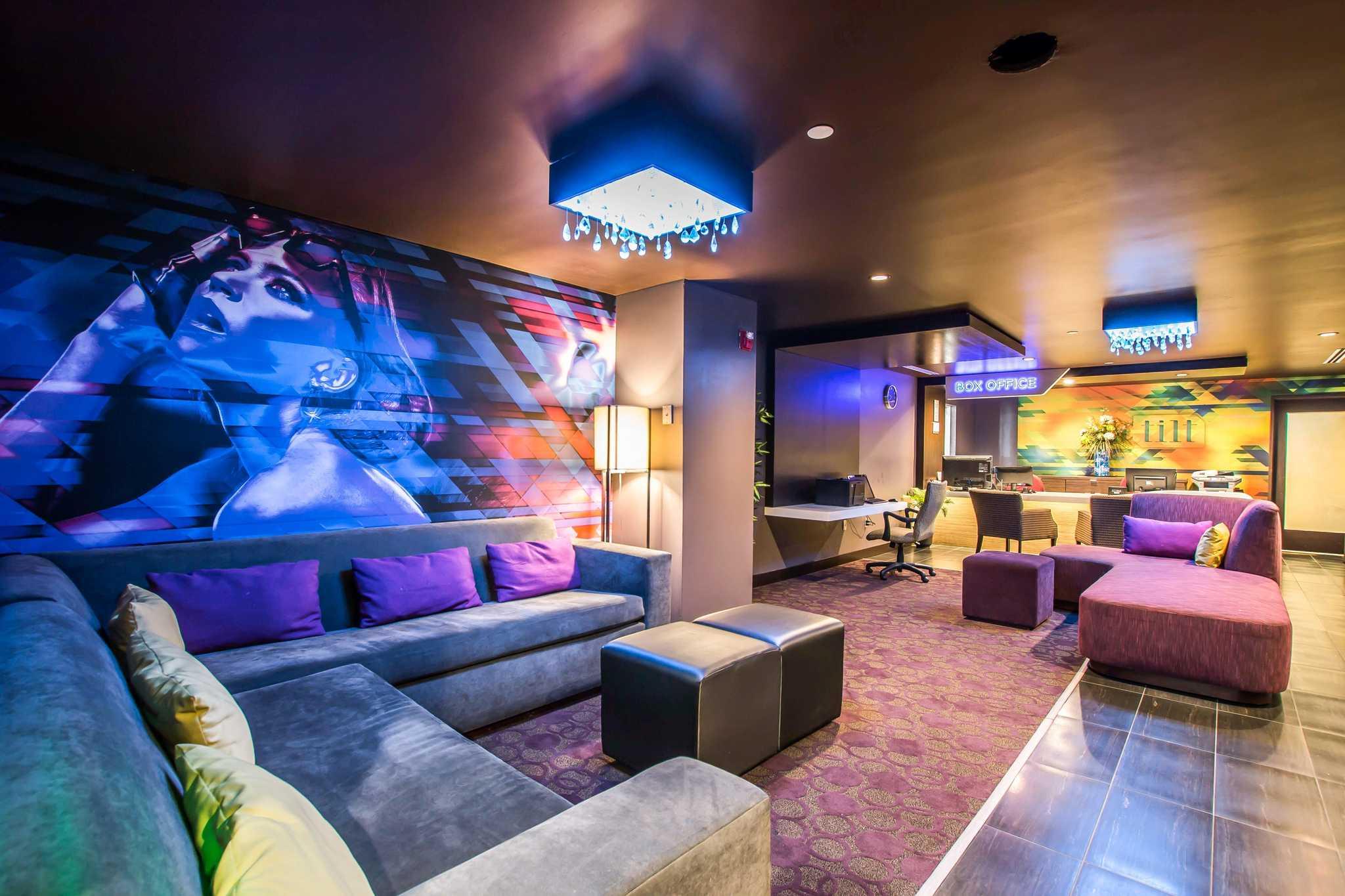Hotels near Universal Studios LA | SpringHill Suites Los