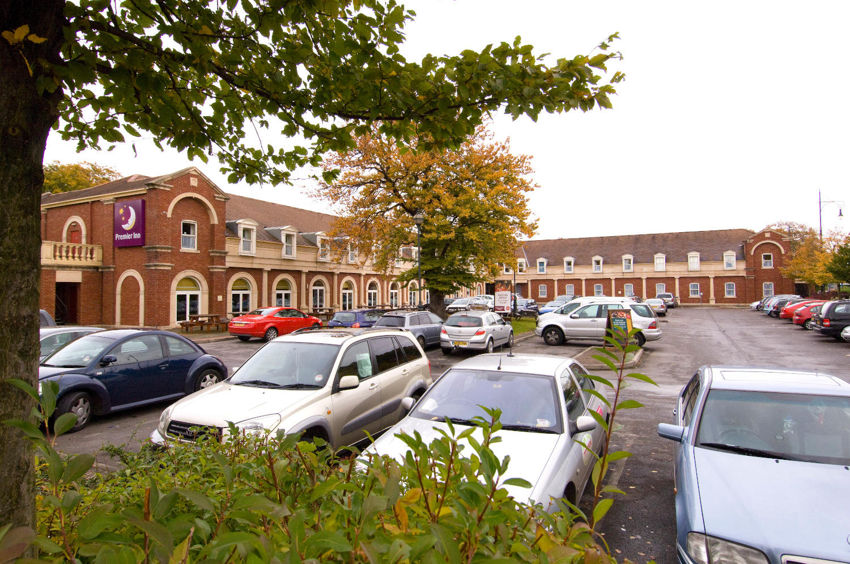 Premier Inn Manchester Trafford Centre South hotel