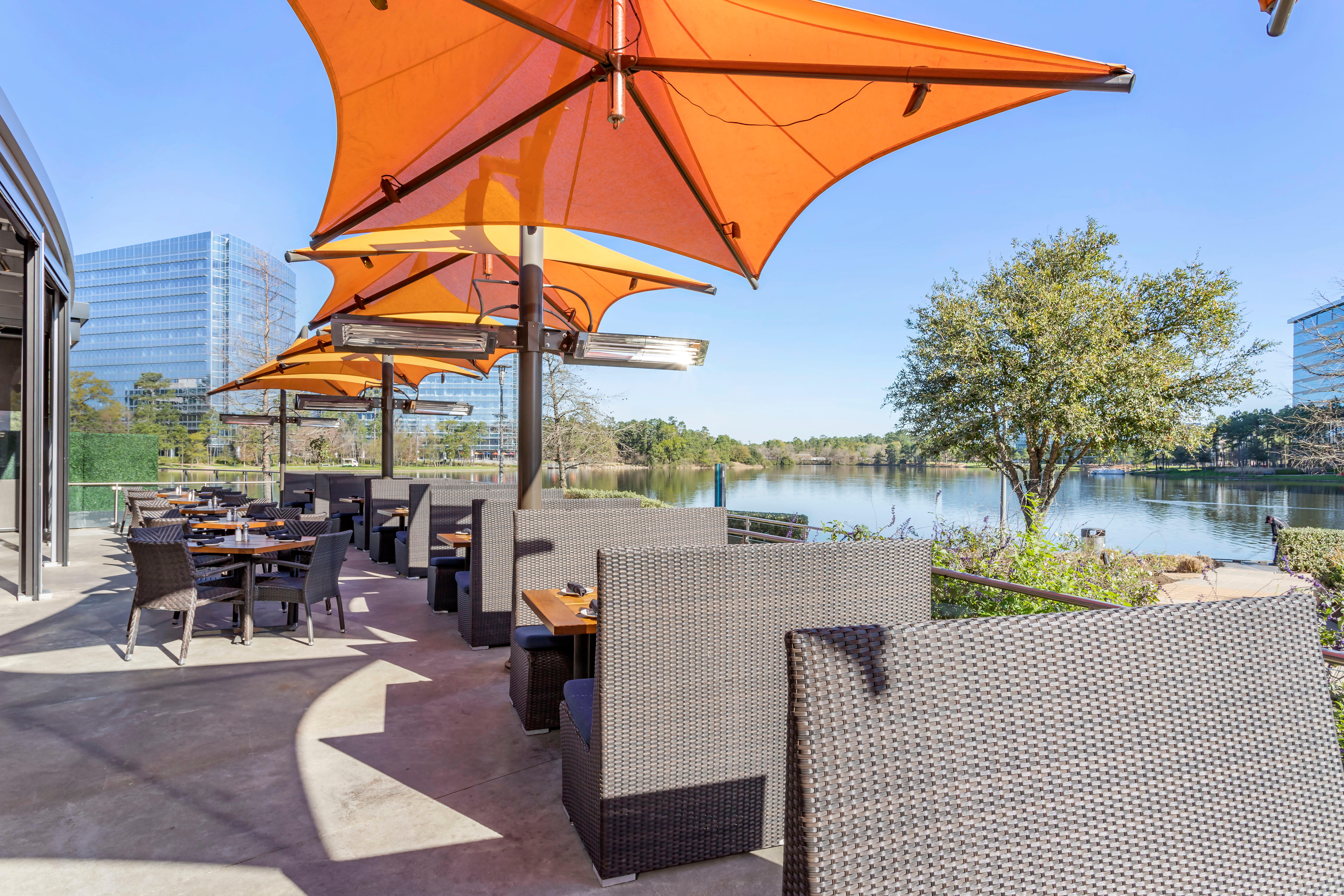 Del Frisco's Grille The Woodlands Patio group dining room