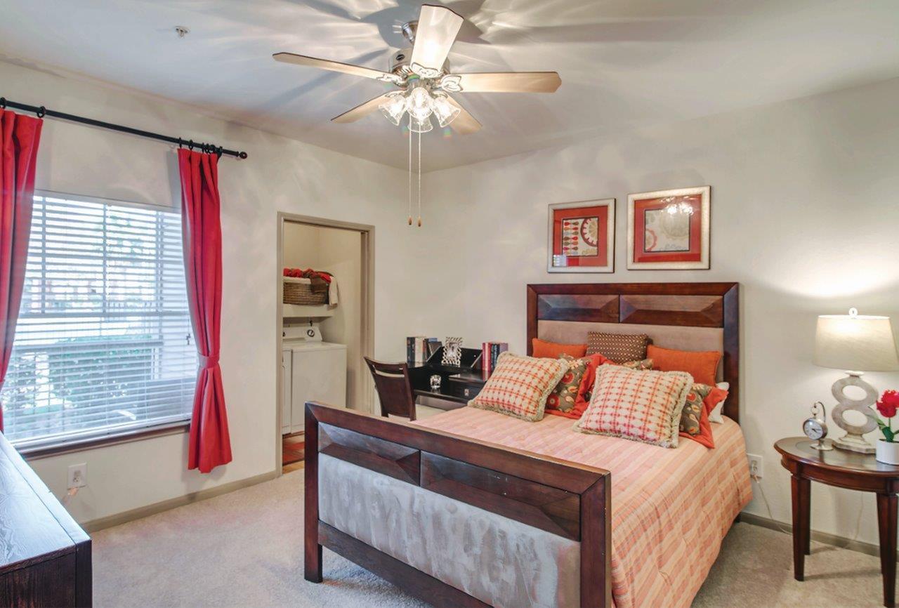 Apartment Rental Agency in TX Baytown 77521 Advenir at The Preserve 2100 W Baker Rd  (281)428-8811