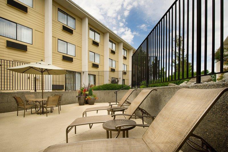 Sun Deck Best Western Seattle Airport Hotel Seattle (206)878-3300