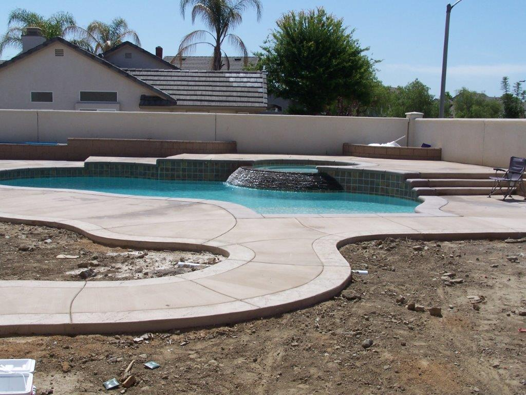 Majestic pool construction canyon lake california ca for Local pool contractors