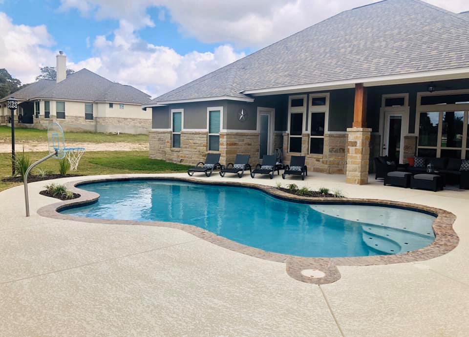 Custom Pools By Reynolds La Vernia Texas Tx