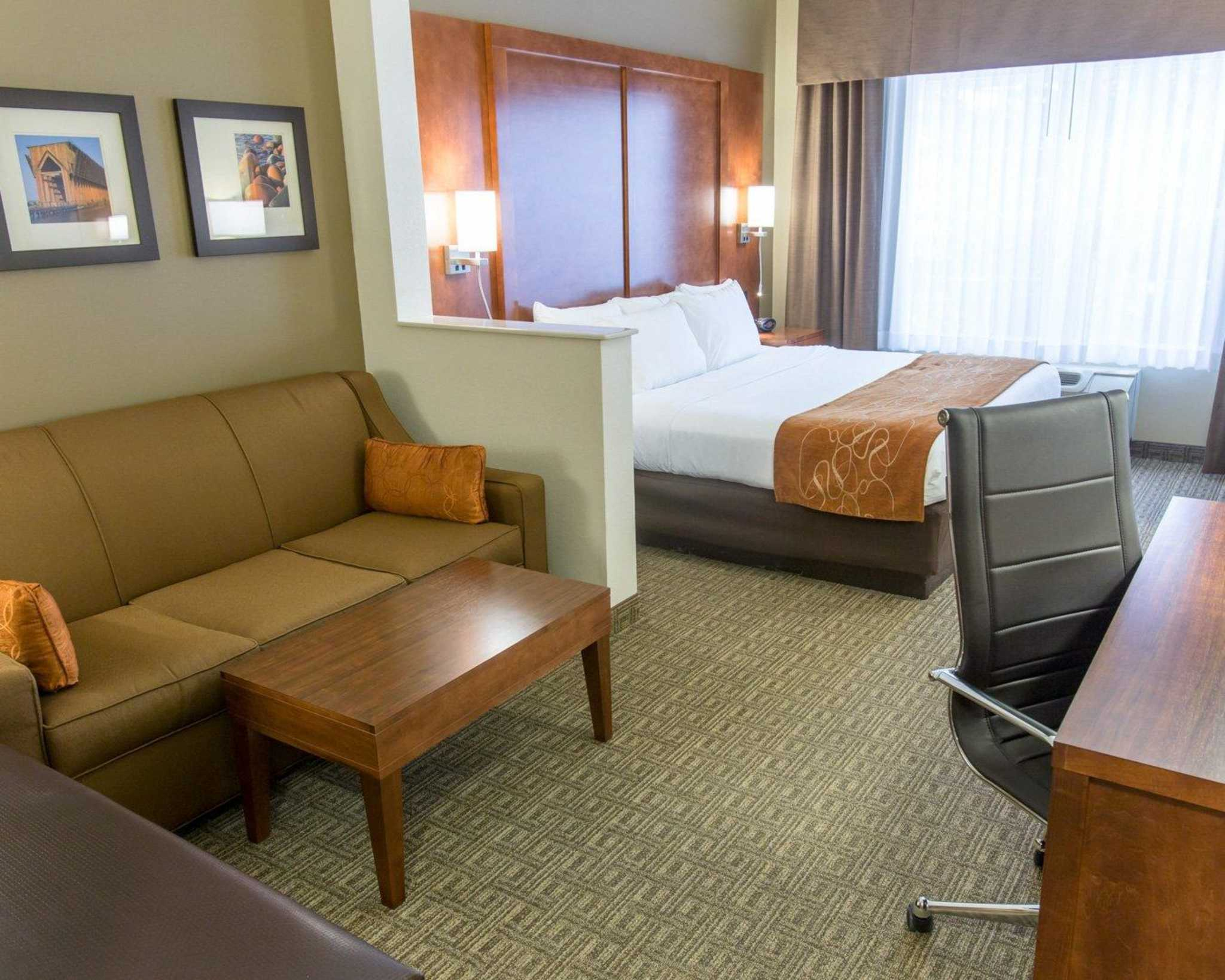 Comfort Suites Coupons Near Me In Marquette 8coupons