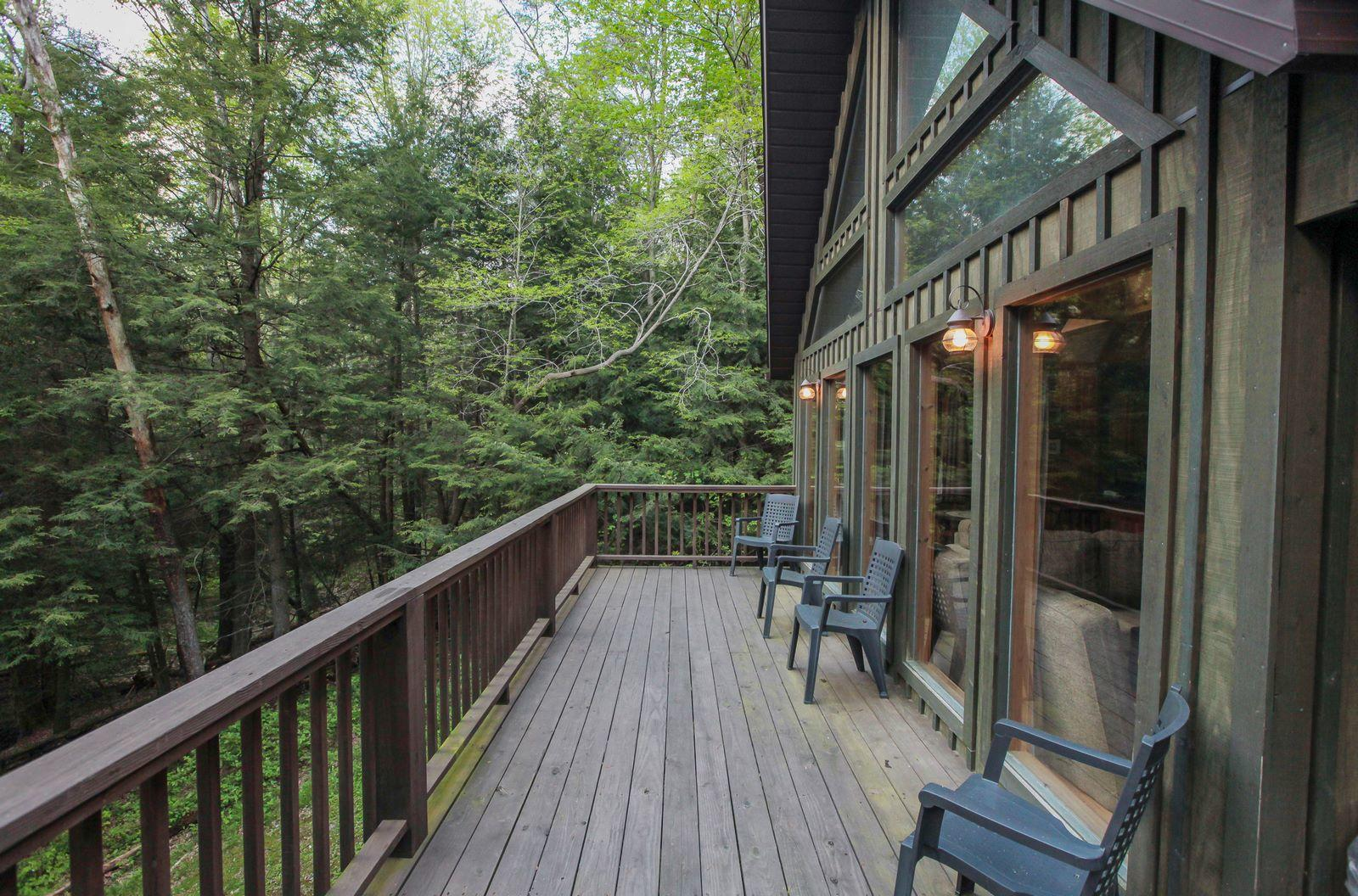 Old Man S Cave Zip Code : Chalets in hocking hills logan ohio oh localdatabase