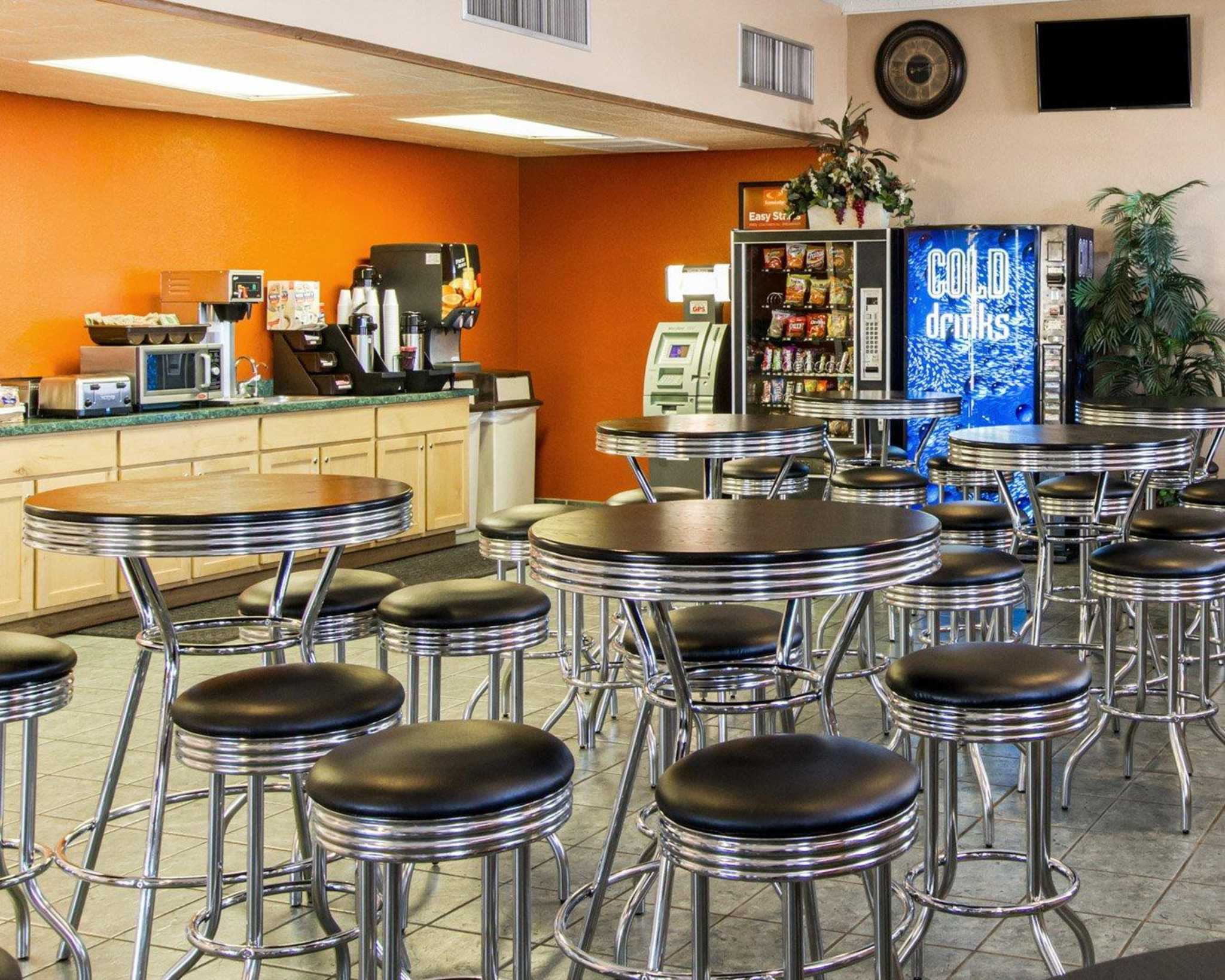 Restaurants Near Econo Lodge Phoenix Airport