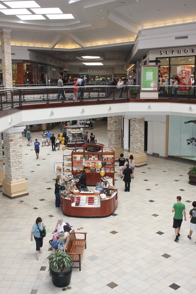 Barton Creek Square is located in Austin, Texas and offers stores - Scroll down for Barton Creek Square shopping information: store list (directory), locations, mall hours, contact and address.3/5(5).