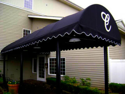 We can fabricate a custom commercial canopy for your business. Los Angeles Signs & Awnings Northridge (818)861-5394