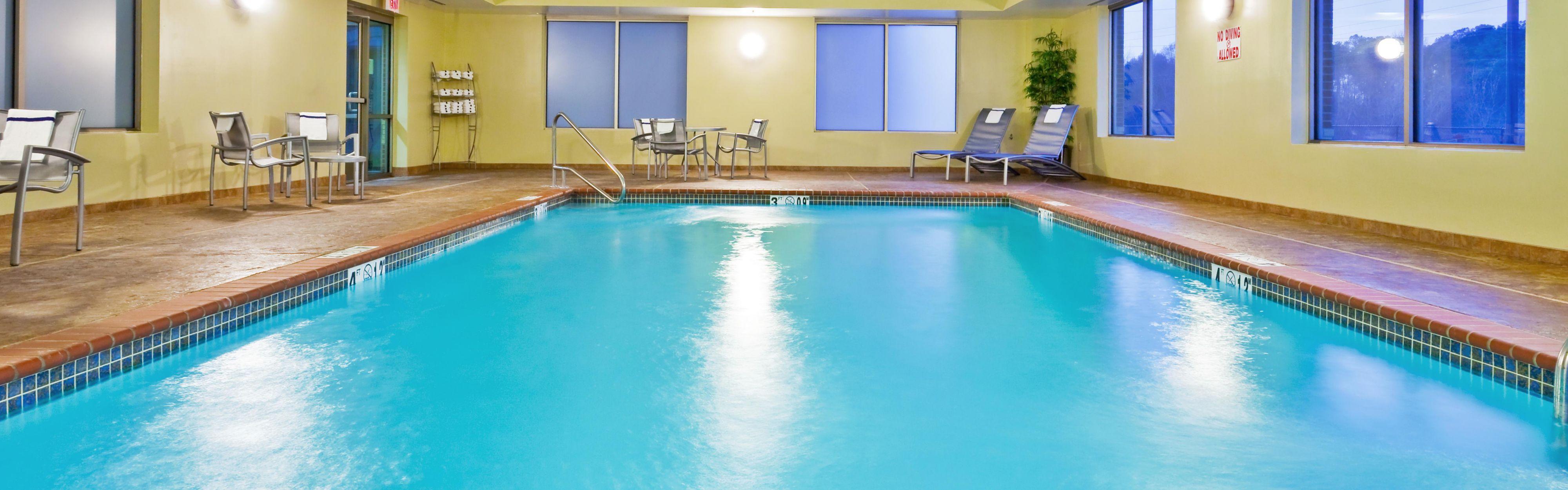 Holiday Inn Express  U0026 Suites Memphis  Germantown In