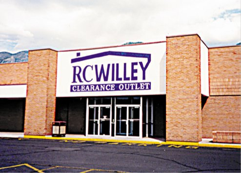 RC Willey Outlet Center - ad image