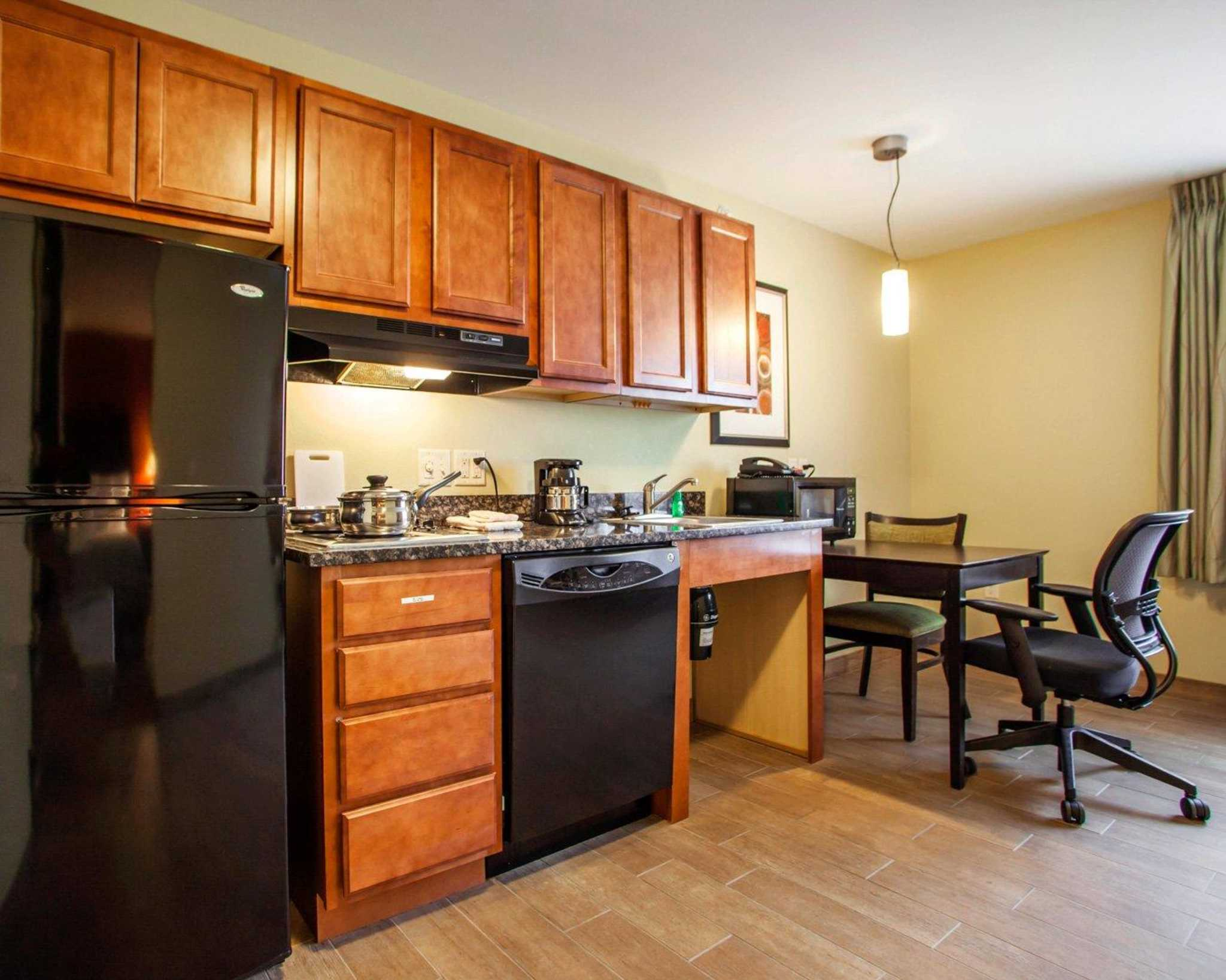 Suburban Extended Stay Hotel Coupons Near Me In Cedar Falls 8coupons