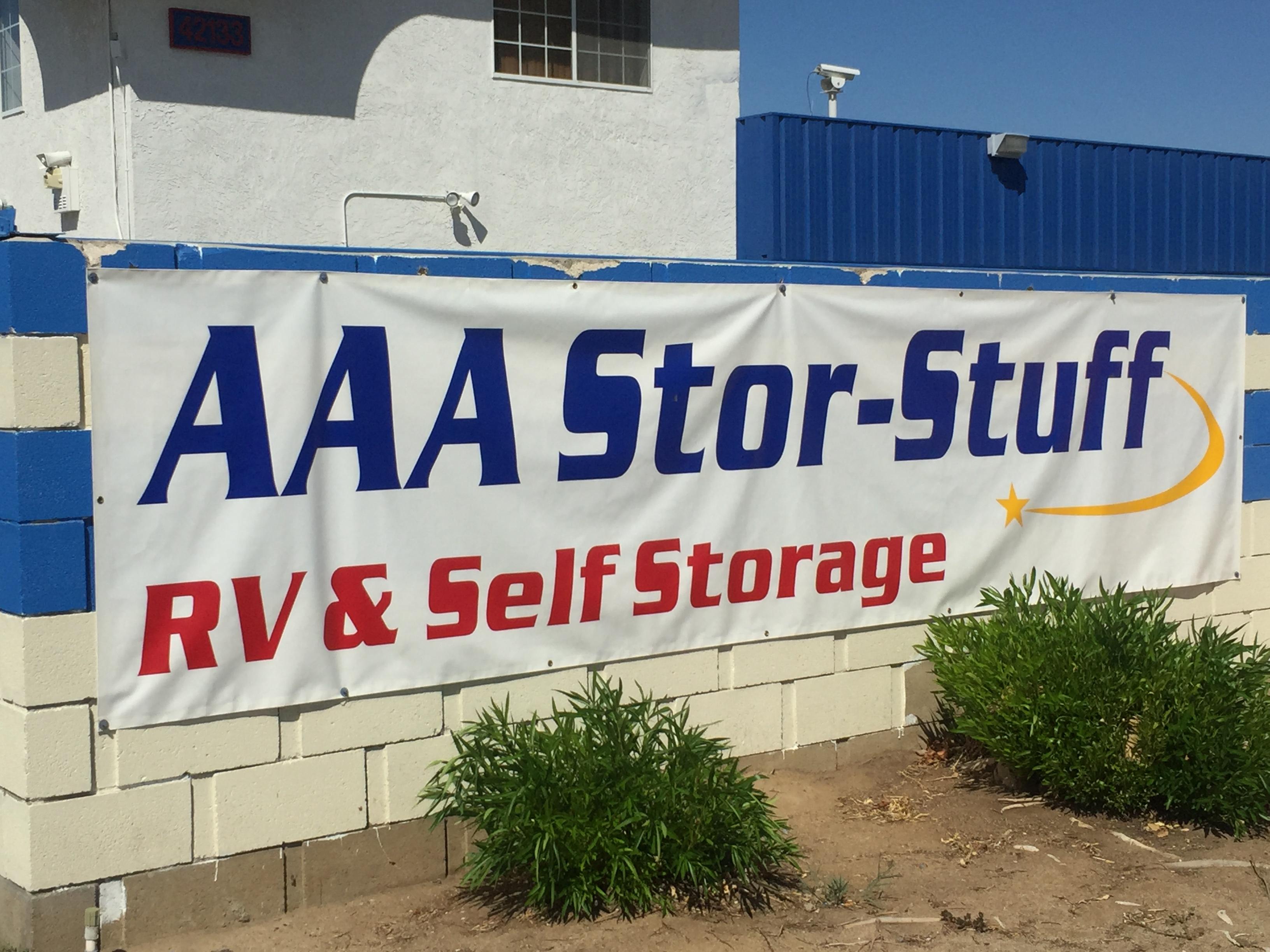 aaa stor stuff rv self storage in lancaster ca 93535. Black Bedroom Furniture Sets. Home Design Ideas