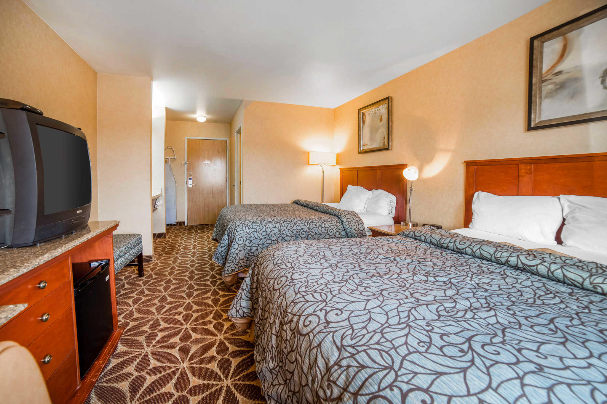 Hotel Rooms In Nampa Idaho