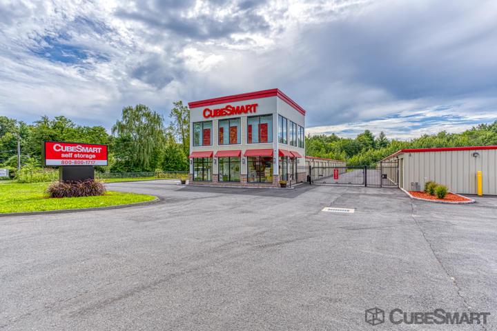CubeSmart Self Storage - Bloomfield, CT 06002 - (860)242-4700   ShowMeLocal.com