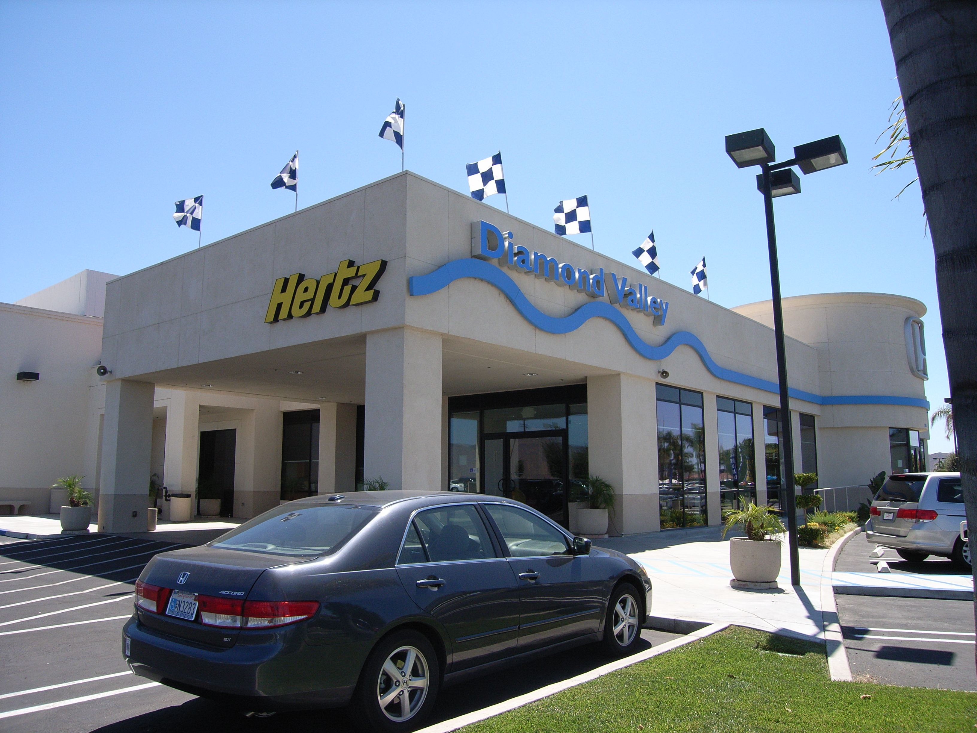 Diamond valley honda in hemet ca auto dealers yellow for Valley honda dealers