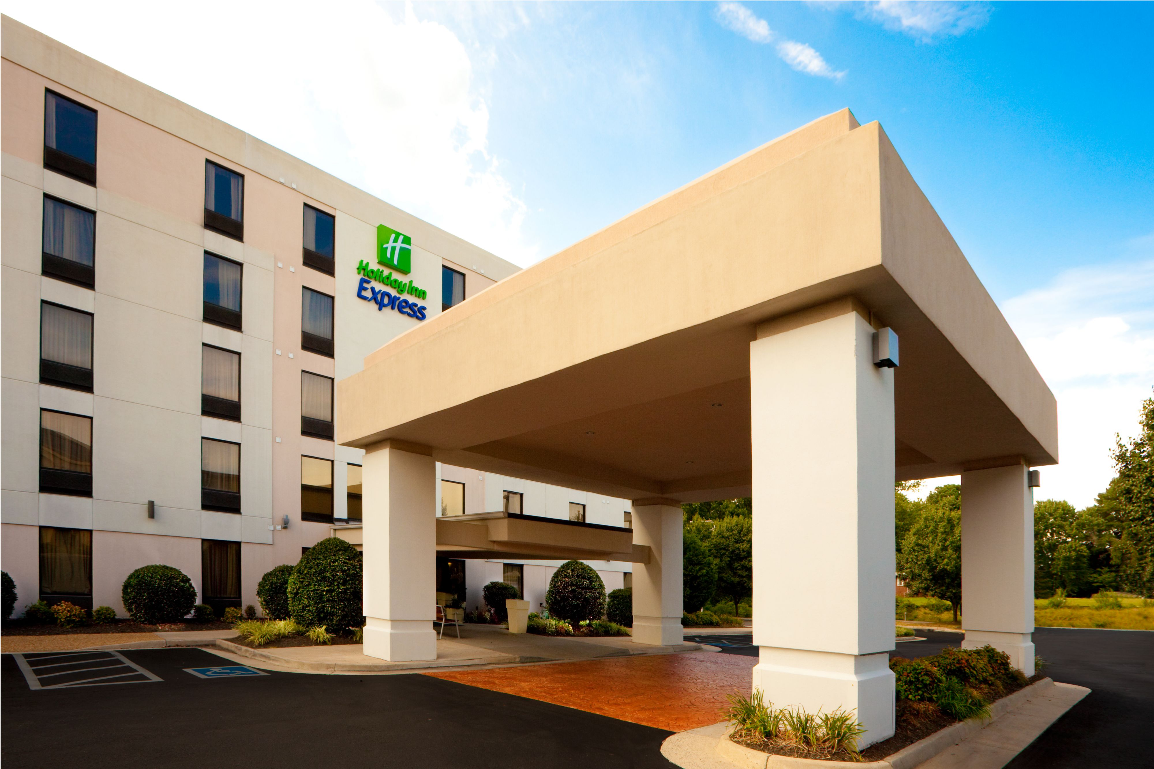 Hotels In Ashland Va Near I