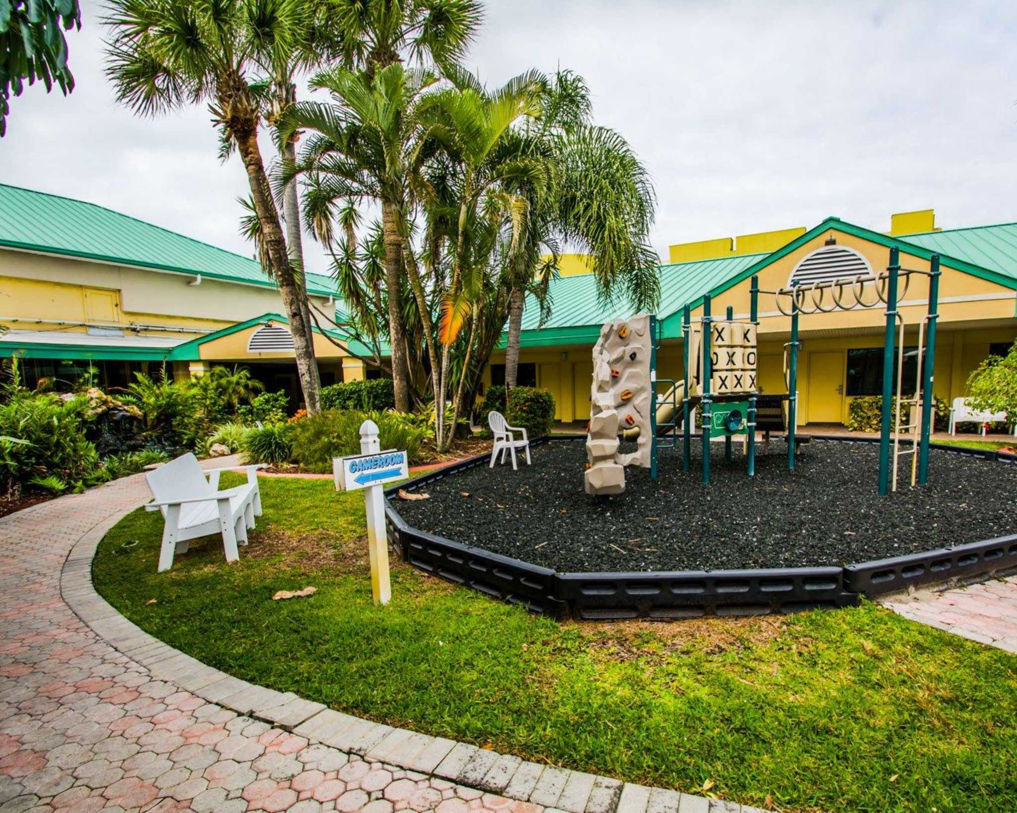 Pet Friendly Hotels Near Cocoa Beach Fl