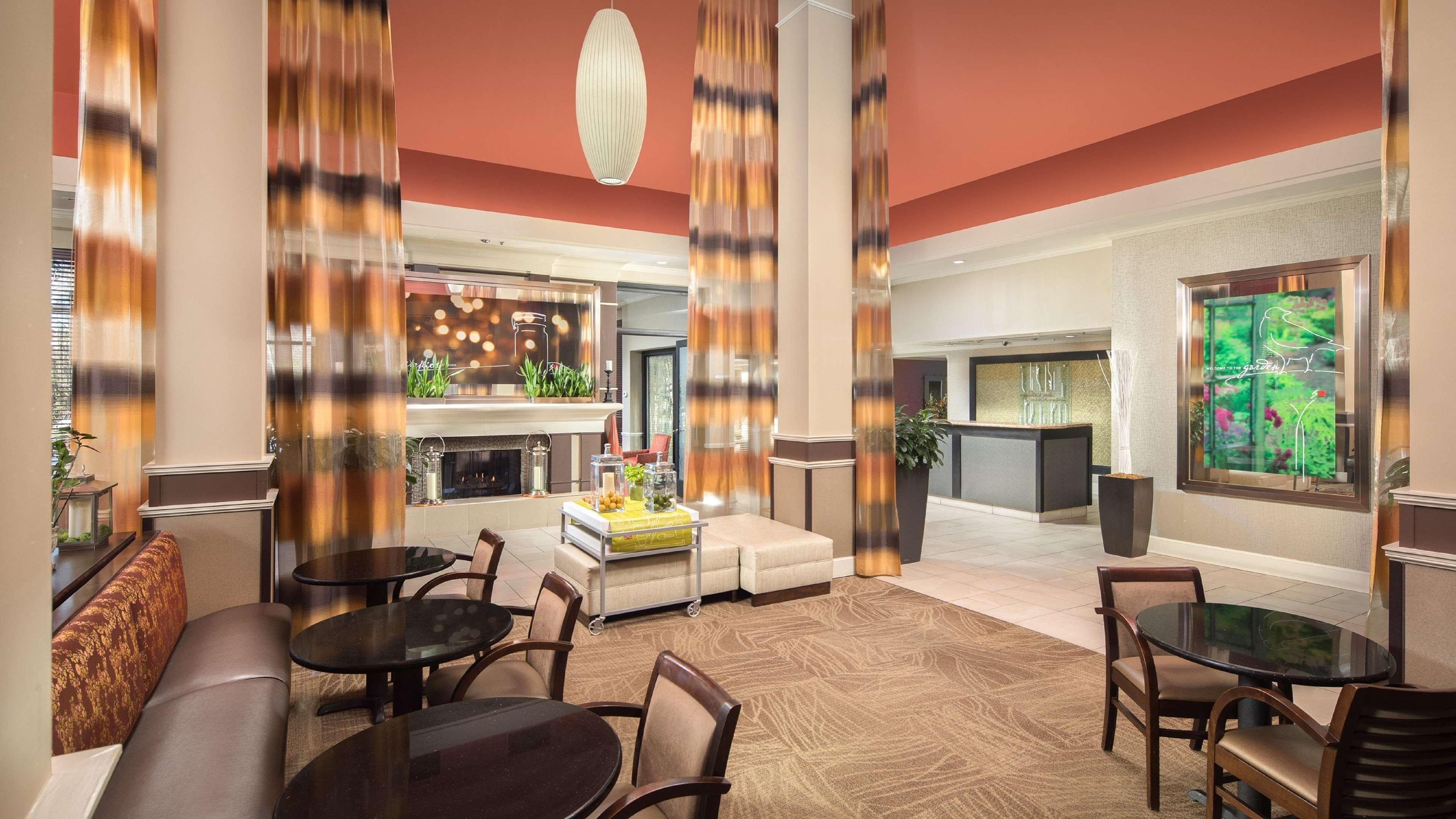 Hilton Garden Inn Chattanooga Hamilton Place In Chattanooga Tn 37421