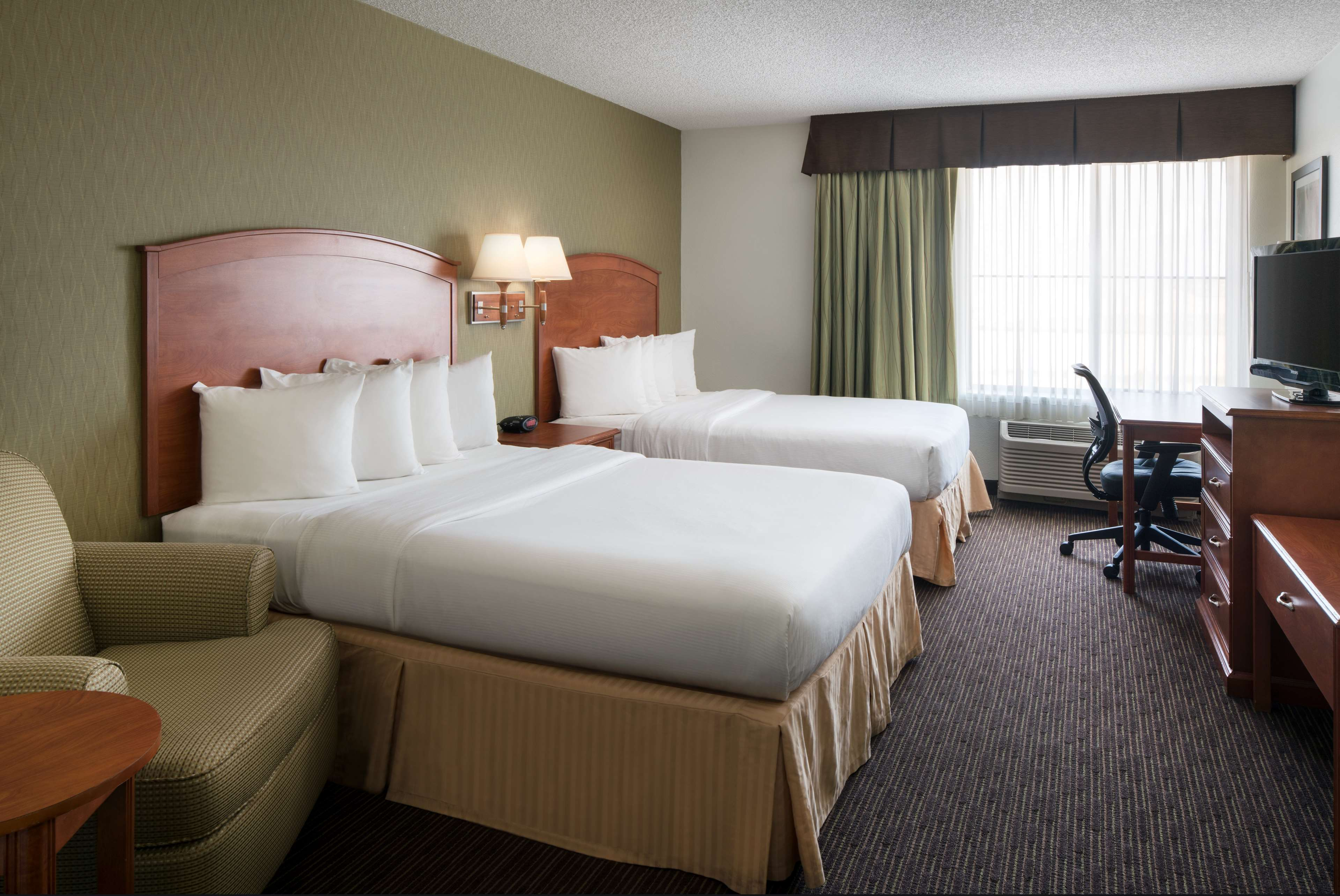 Enterprise Rent A Car Holiday Inn Denver