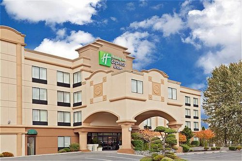 Holiday Inn Express & Suites Tacoma - Tacoma, WA -